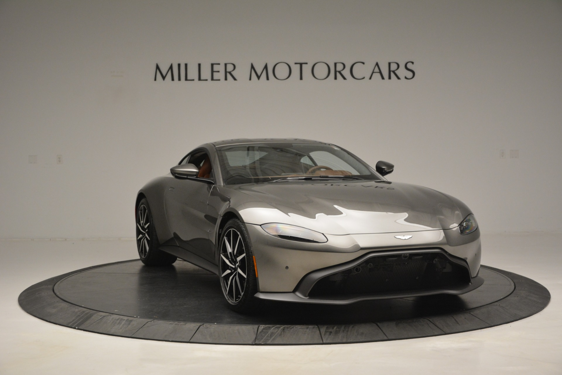 Used 2019 Aston Martin Vantage  For Sale In Greenwich, CT. Alfa Romeo of Greenwich, A1331B 2932_p10