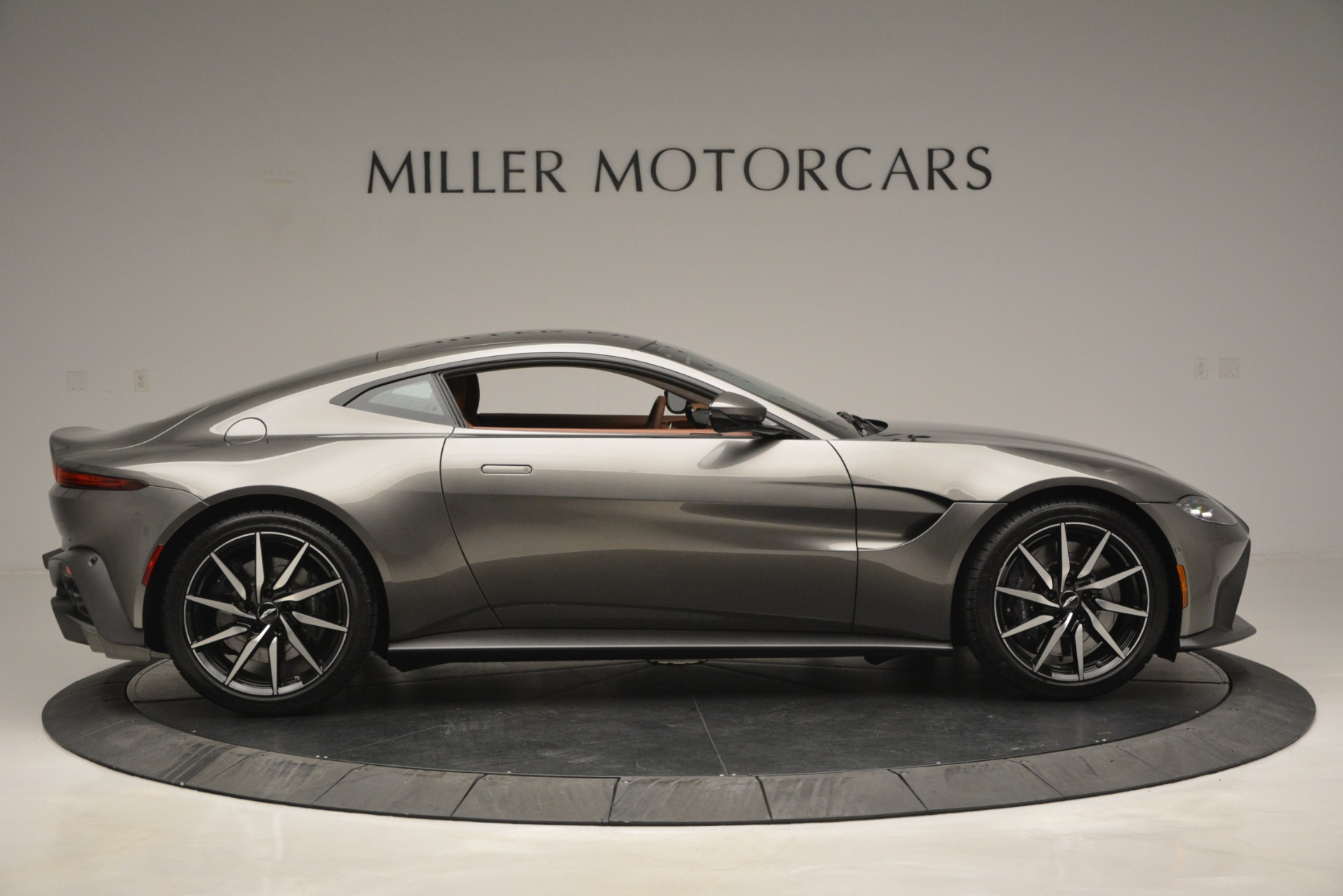 Used 2019 Aston Martin Vantage  For Sale In Greenwich, CT. Alfa Romeo of Greenwich, A1331B 2932_p8
