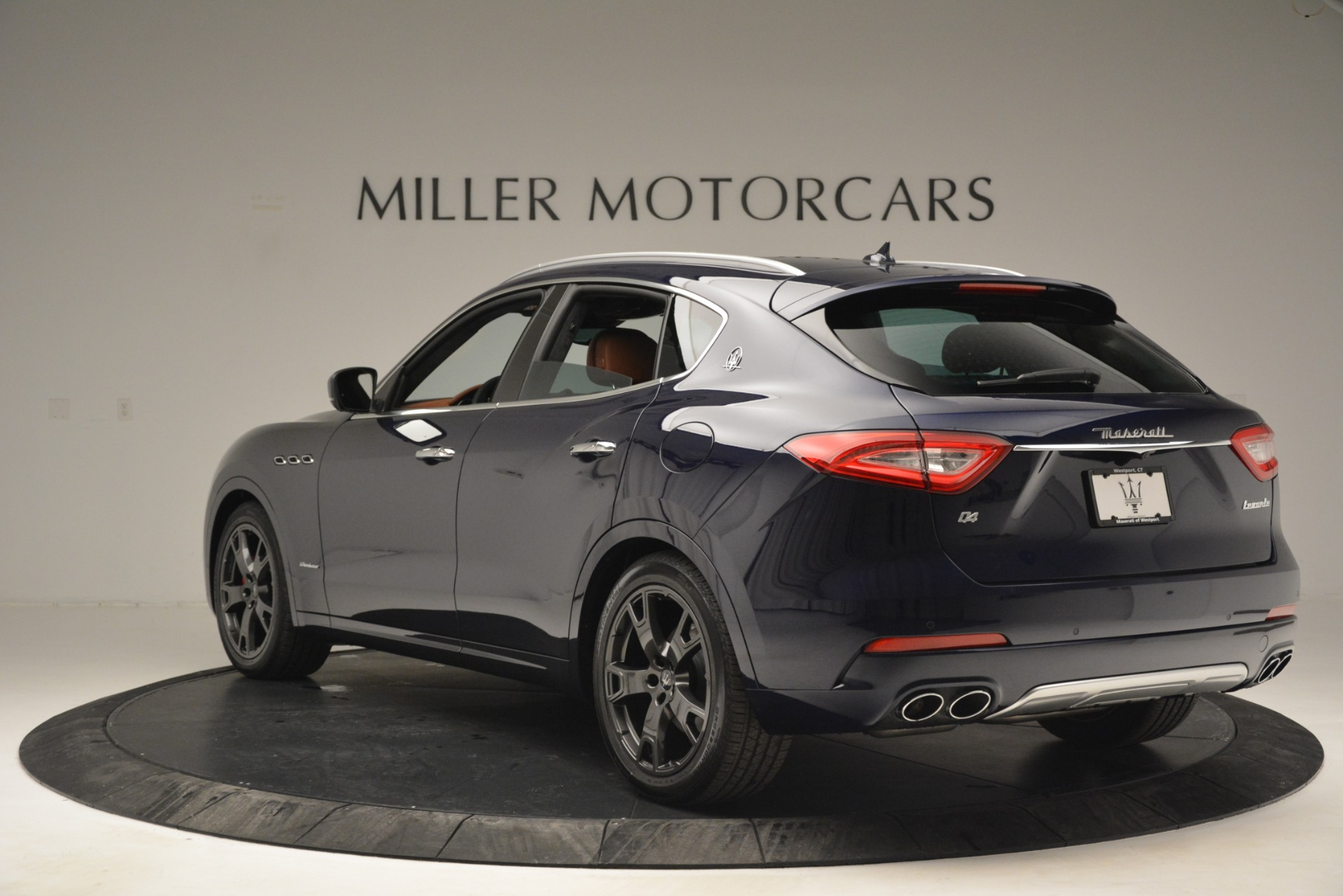 New 2019 Maserati Levante Q4 GranLusso For Sale In Greenwich, CT. Alfa Romeo of Greenwich, W671 2933_p6