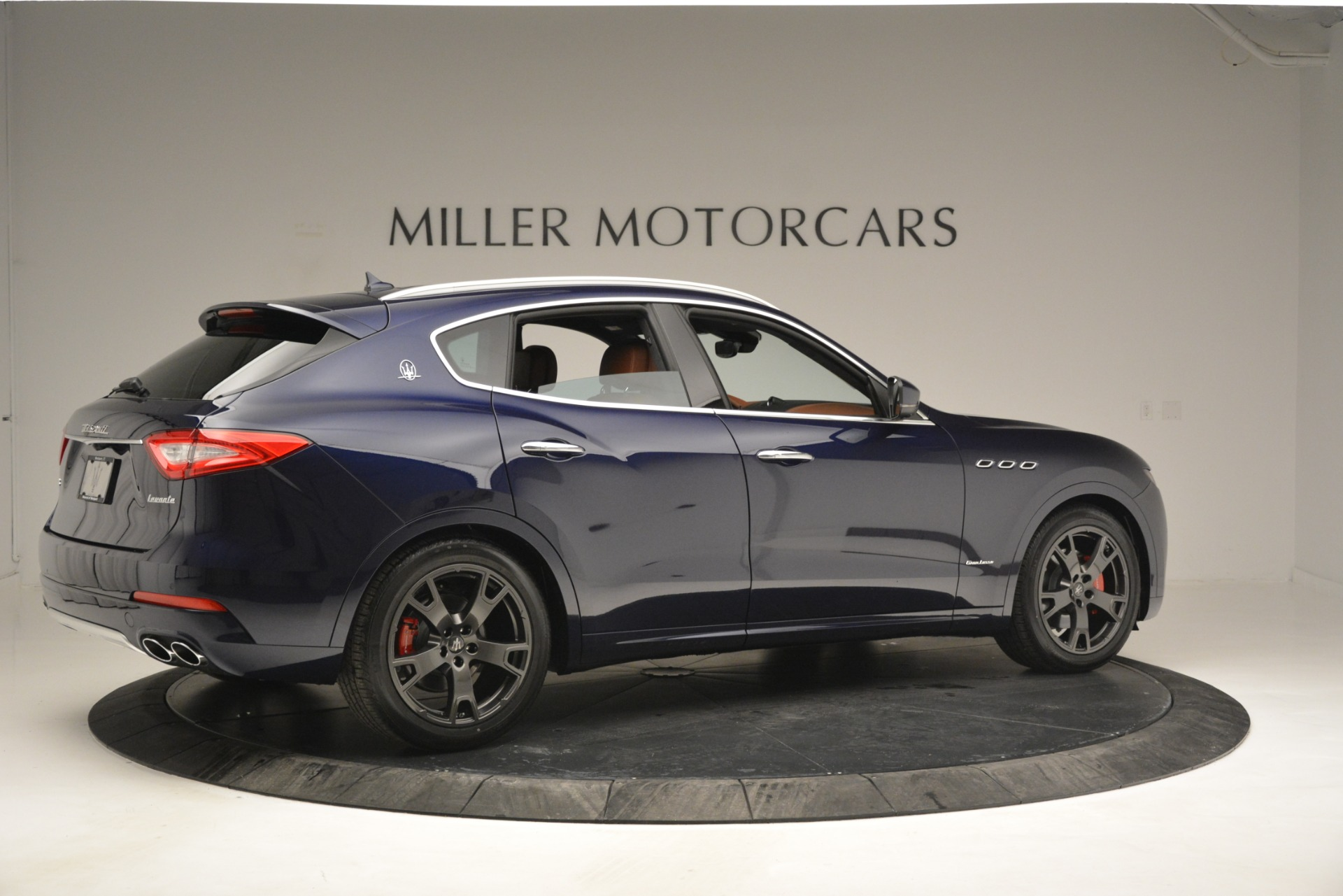 New 2019 Maserati Levante Q4 GranLusso For Sale In Greenwich, CT. Alfa Romeo of Greenwich, W671 2933_p9