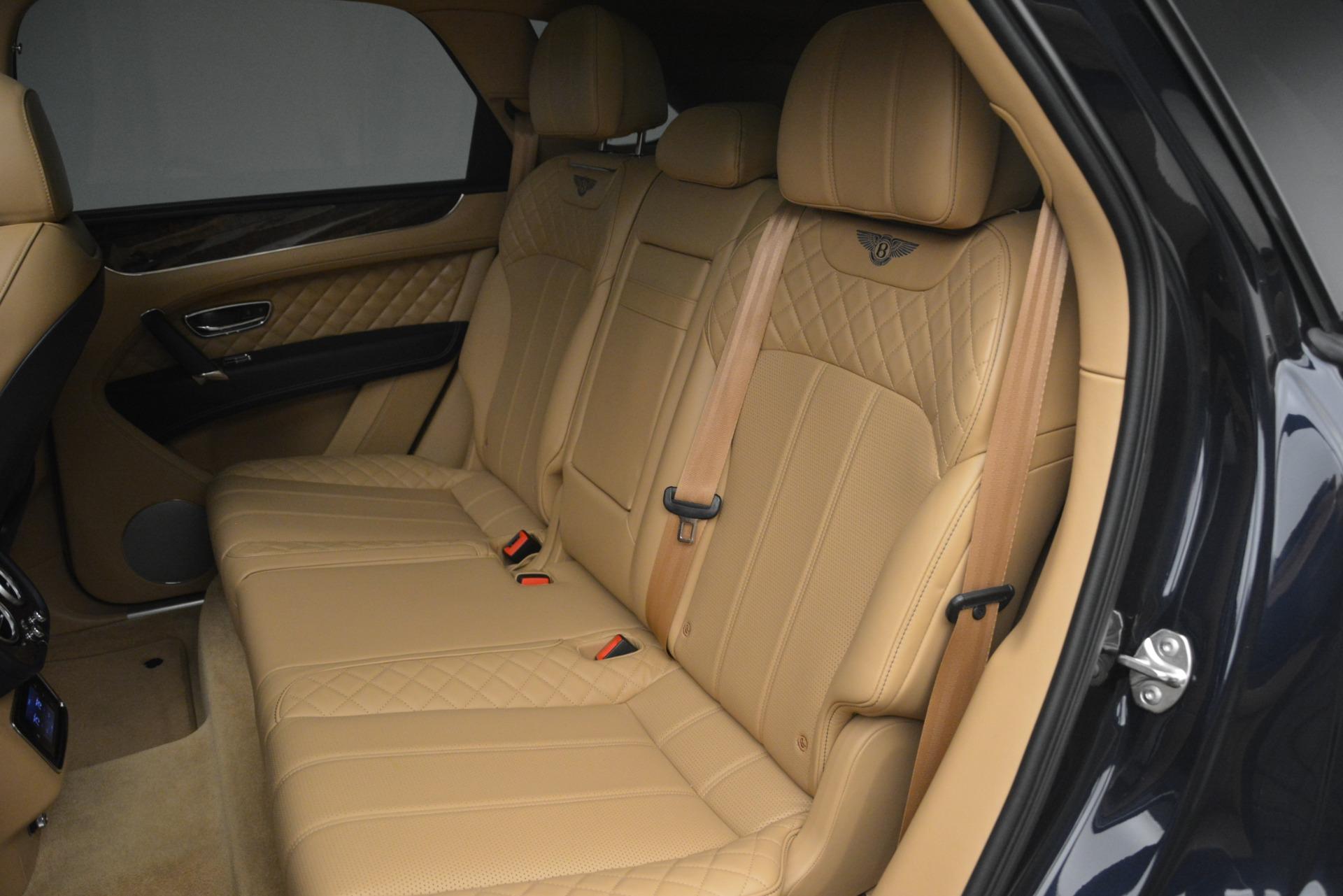 Used 2017 Bentley Bentayga W12 For Sale In Greenwich, CT. Alfa Romeo of Greenwich, 7474 2934_p24