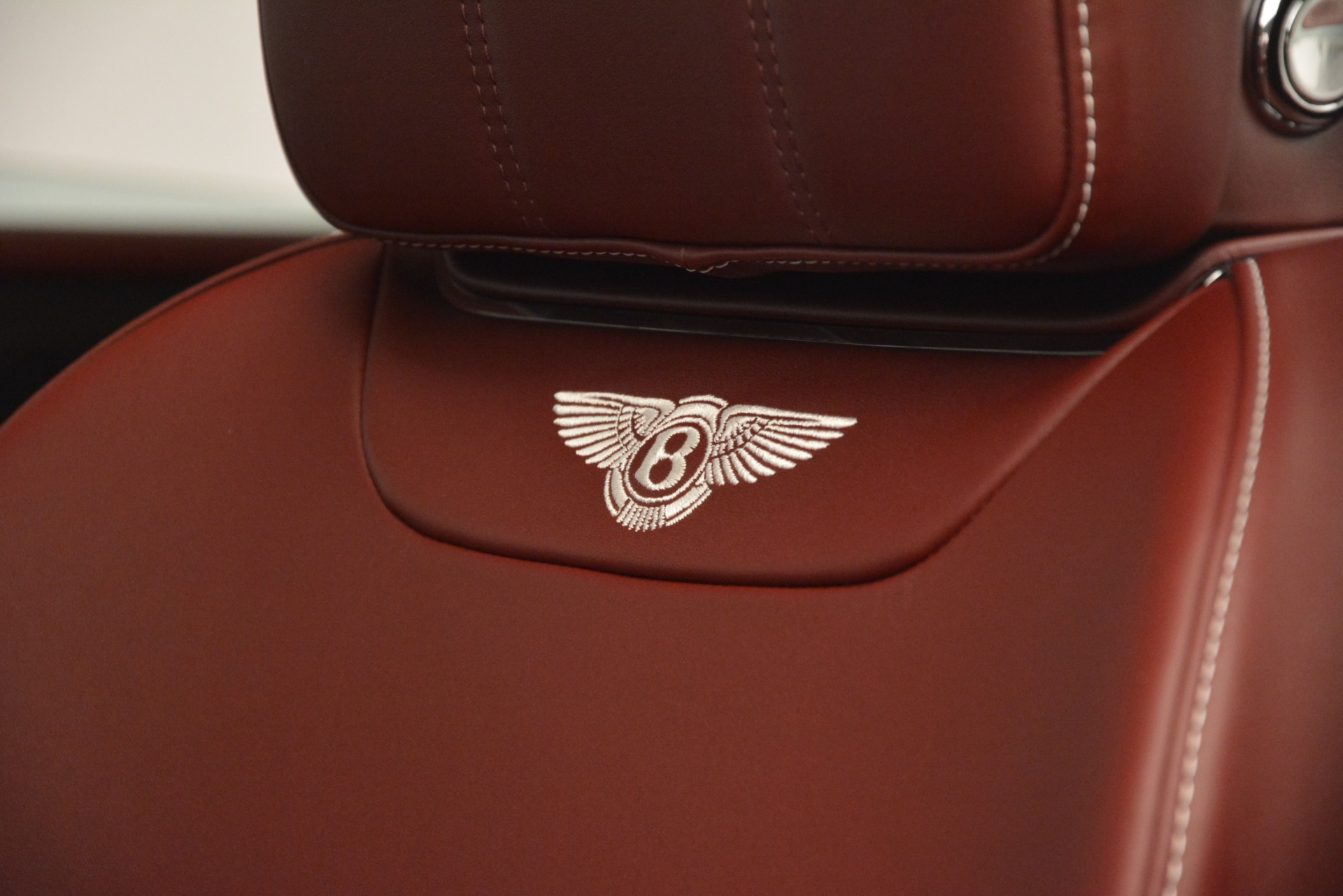 New 2019 Bentley Bentayga V8 For Sale In Greenwich, CT. Alfa Romeo of Greenwich, B1406 2935_p20