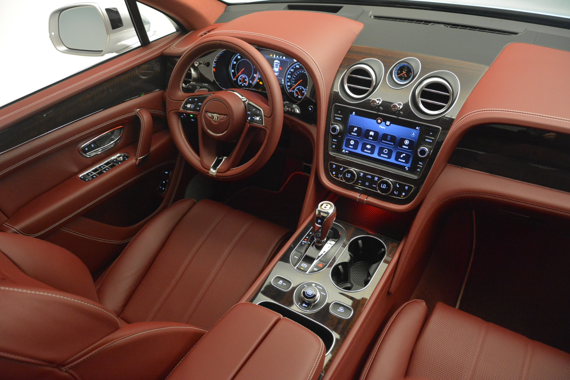 New 2019 Bentley Bentayga V8 For Sale In Greenwich, CT. Alfa Romeo of Greenwich, B1406 2935_p30