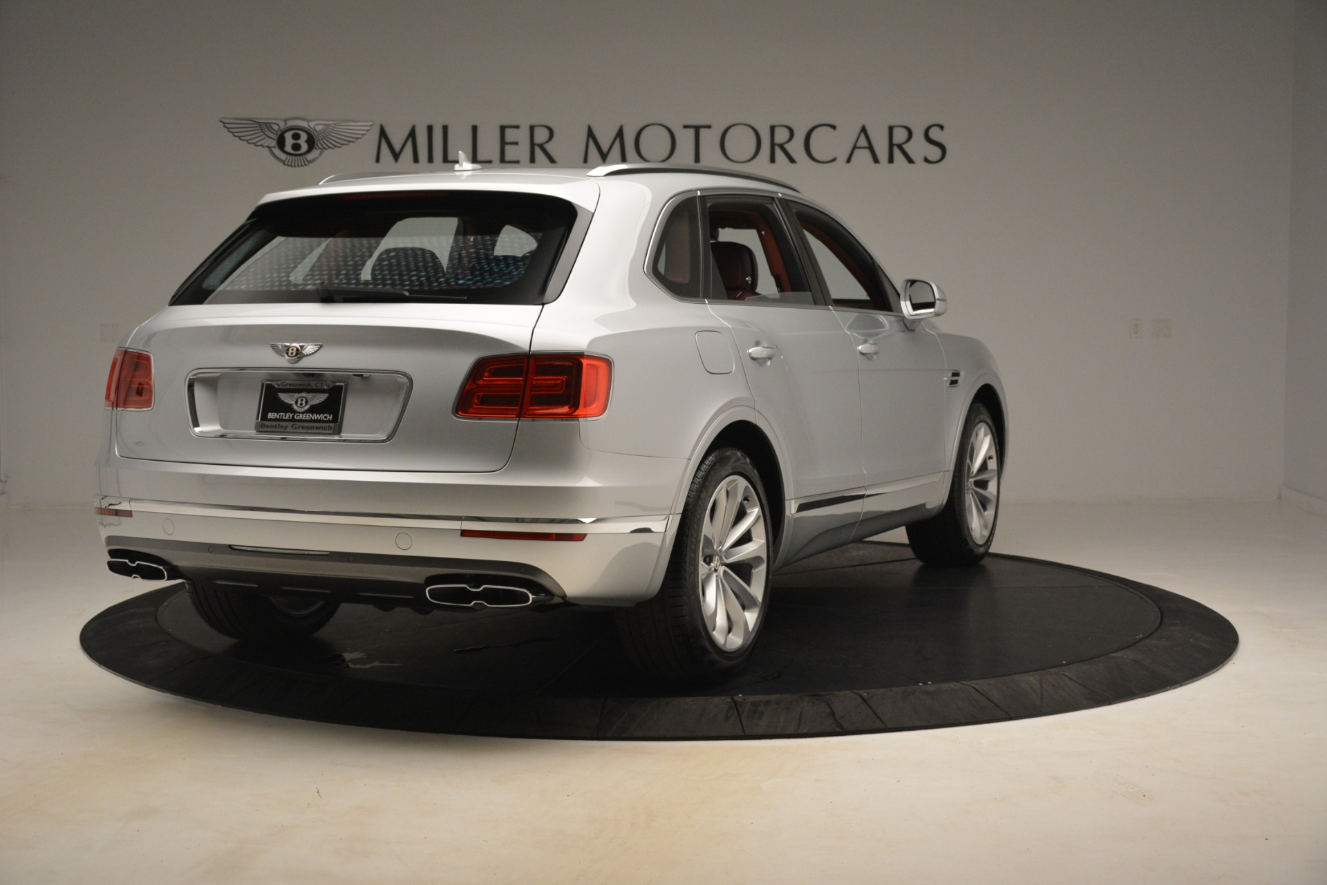 New 2019 Bentley Bentayga V8 For Sale In Greenwich, CT. Alfa Romeo of Greenwich, B1406 2935_p7
