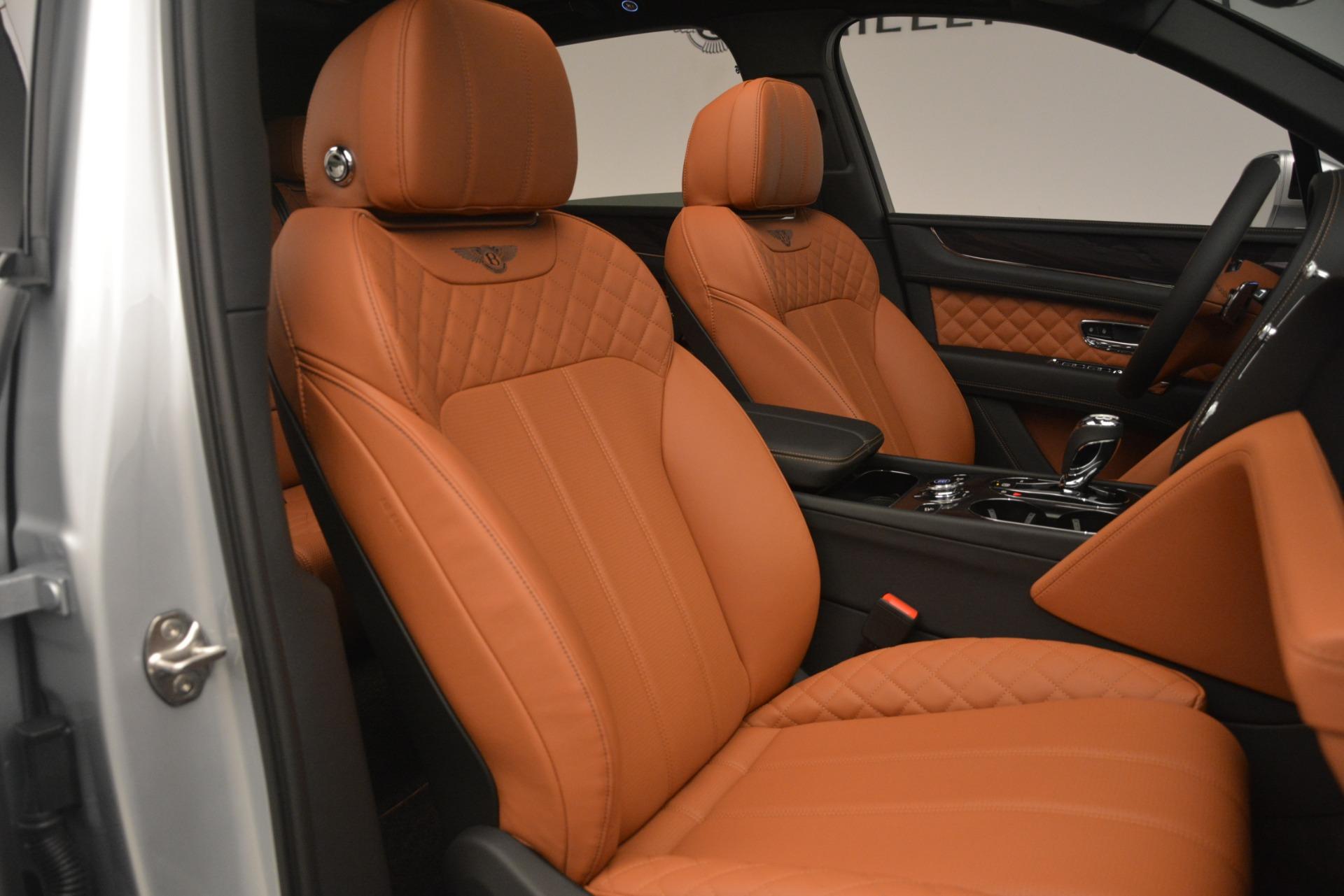New 2019 Bentley Bentayga V8 For Sale In Greenwich, CT. Alfa Romeo of Greenwich, B1405 2936_p24