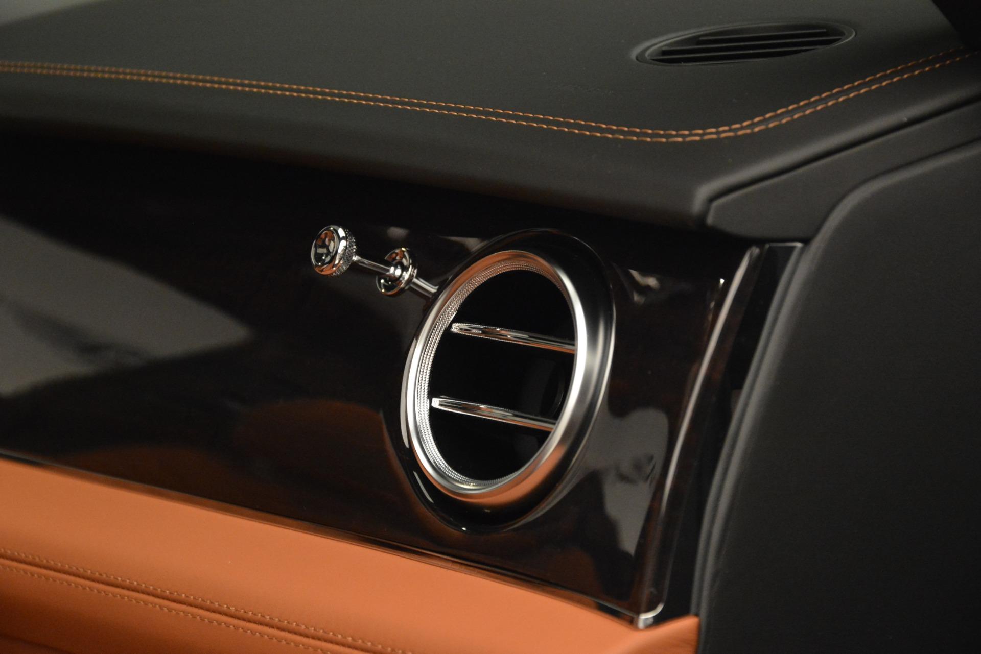 New 2019 Bentley Bentayga V8 For Sale In Greenwich, CT. Alfa Romeo of Greenwich, B1405 2936_p30