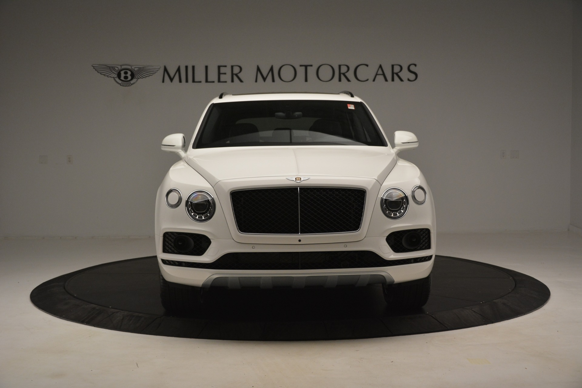 New 2019 Bentley Bentayga V8 For Sale In Greenwich, CT. Alfa Romeo of Greenwich, B1402 2937_p12