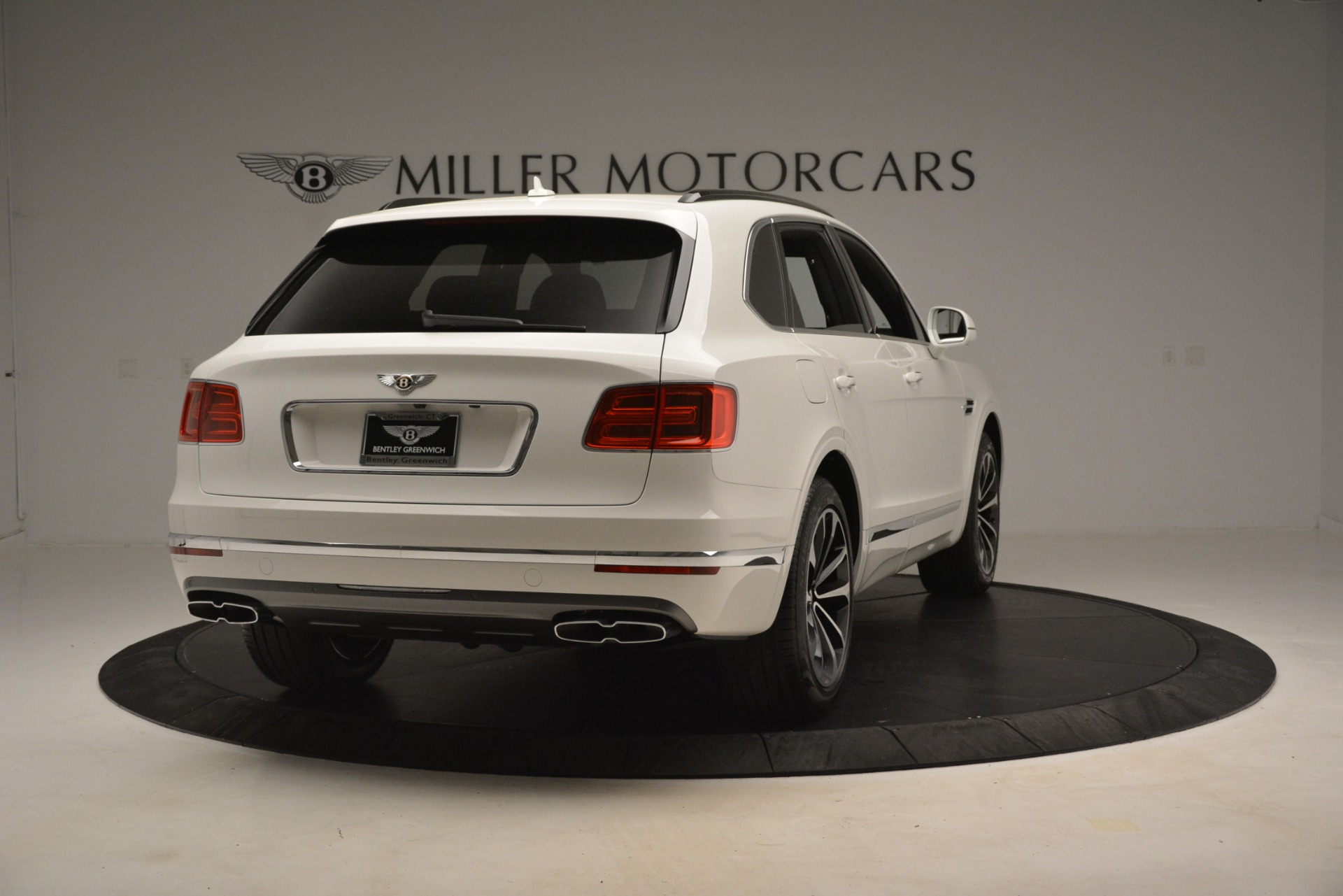 New 2019 Bentley Bentayga V8 For Sale In Greenwich, CT. Alfa Romeo of Greenwich, B1402 2937_p7