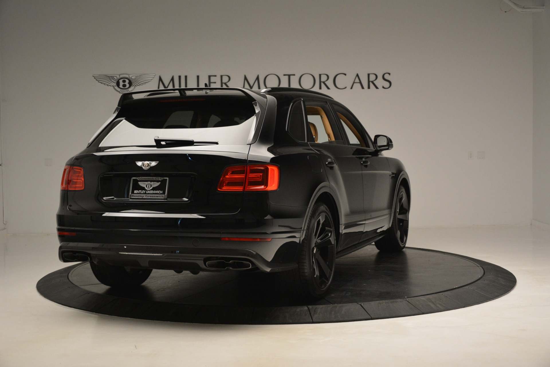 New 2019 Bentley Bentayga V8 For Sale In Greenwich, CT. Alfa Romeo of Greenwich, B1408 2939_p6