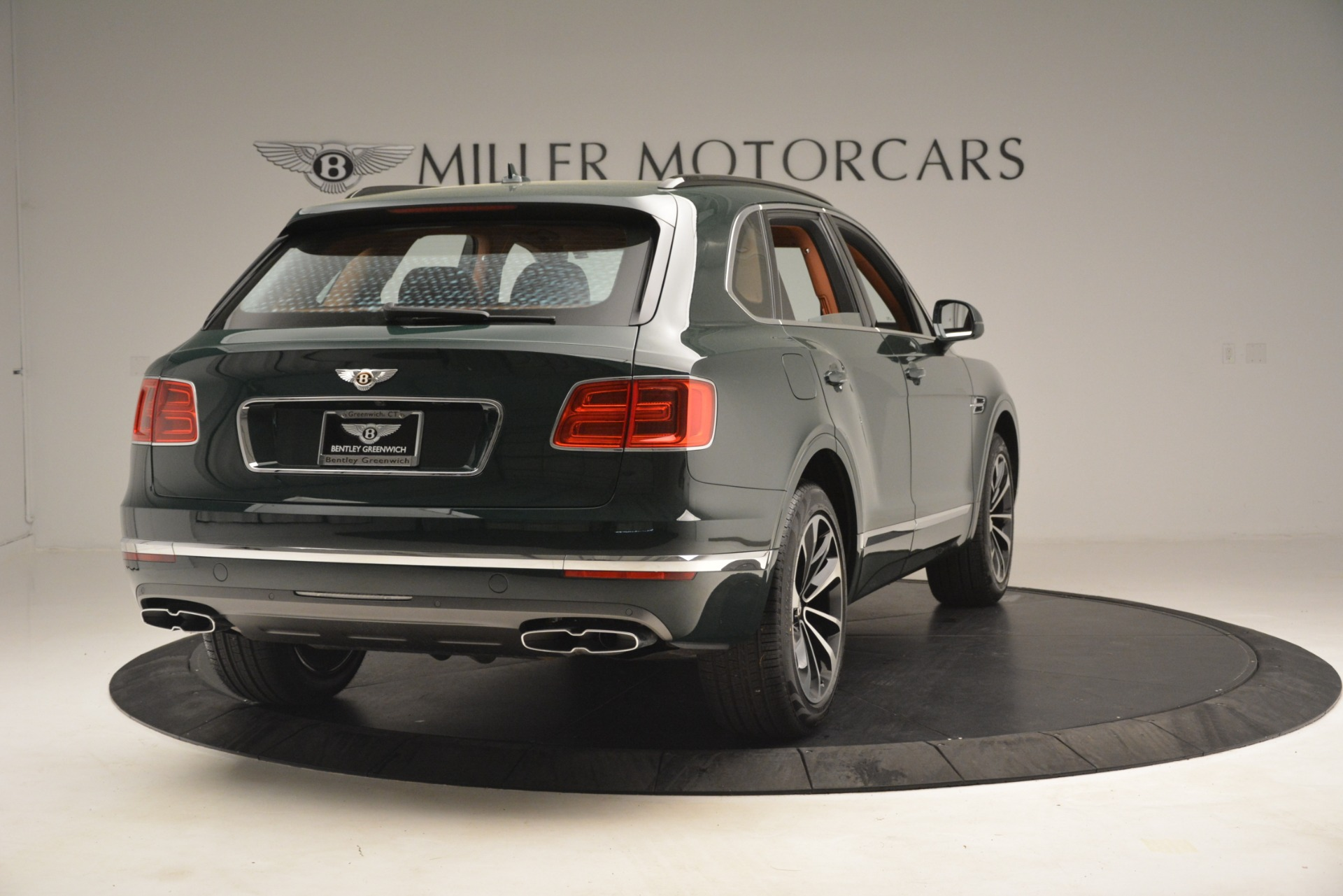 New 2019 Bentley Bentayga V8 For Sale In Greenwich, CT. Alfa Romeo of Greenwich, B1401 2940_p7