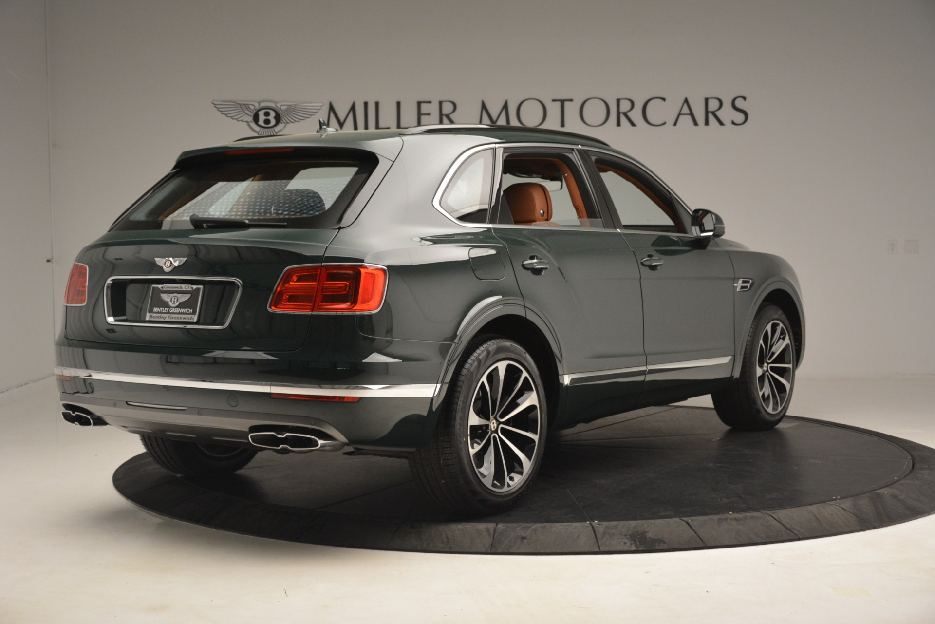 New 2019 Bentley Bentayga V8 For Sale In Greenwich, CT. Alfa Romeo of Greenwich, B1401 2940_p8