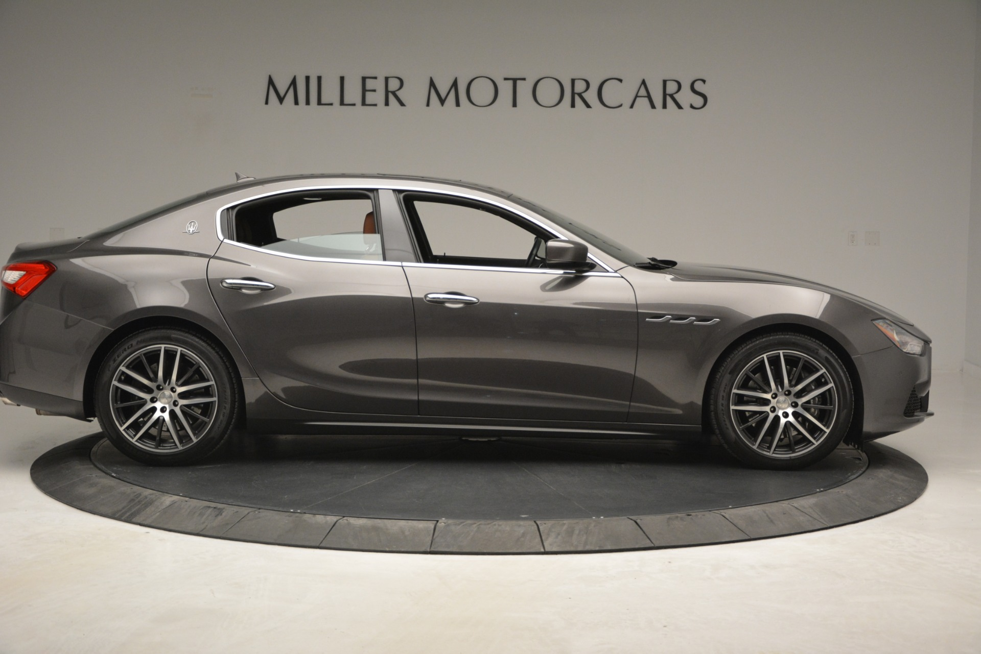 Used 2015 Maserati Ghibli S Q4 For Sale In Greenwich, CT. Alfa Romeo of Greenwich, 7483 2941_p10