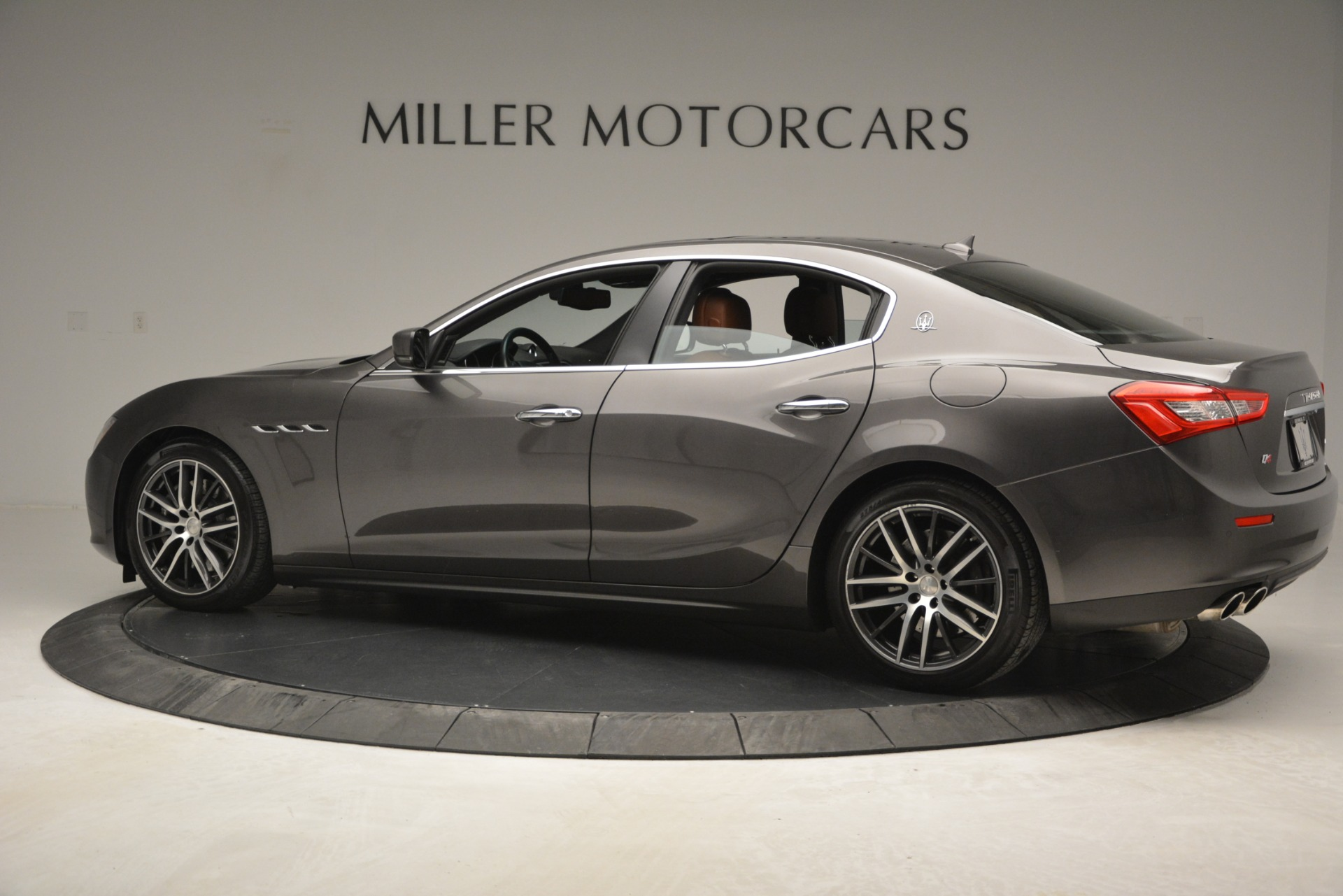 Used 2015 Maserati Ghibli S Q4 For Sale In Greenwich, CT. Alfa Romeo of Greenwich, 7483 2941_p4