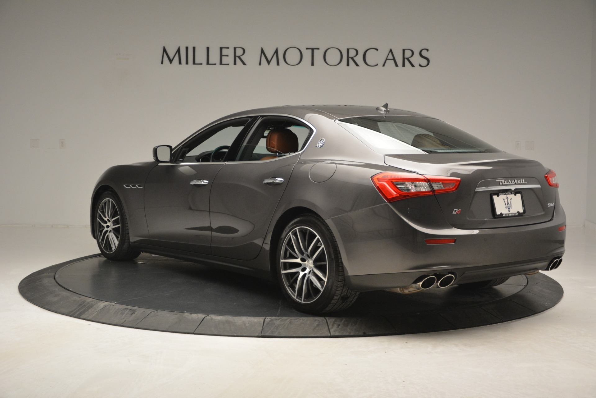 Used 2015 Maserati Ghibli S Q4 For Sale In Greenwich, CT. Alfa Romeo of Greenwich, 7483 2941_p5