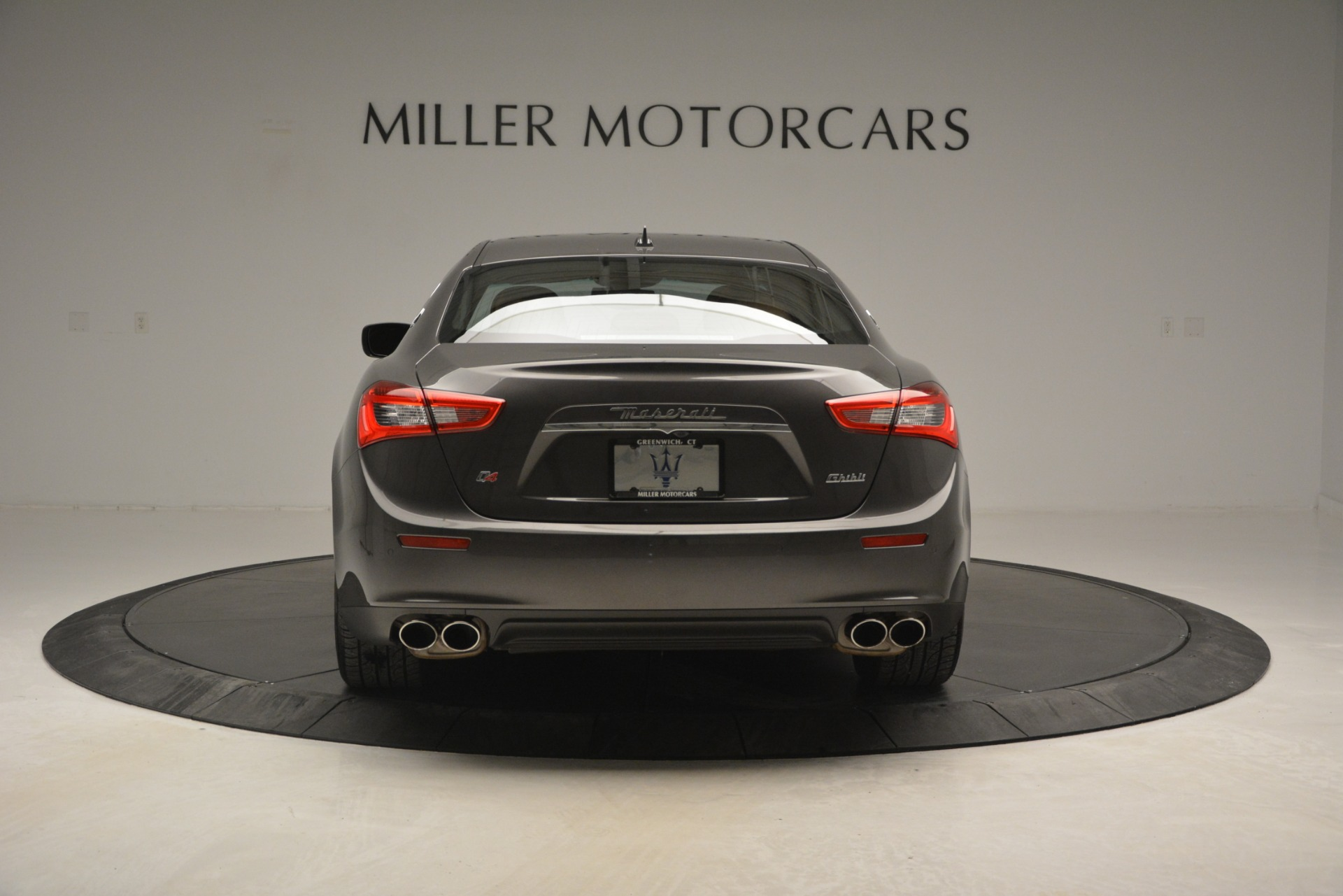 Used 2015 Maserati Ghibli S Q4 For Sale In Greenwich, CT. Alfa Romeo of Greenwich, 7483 2941_p7
