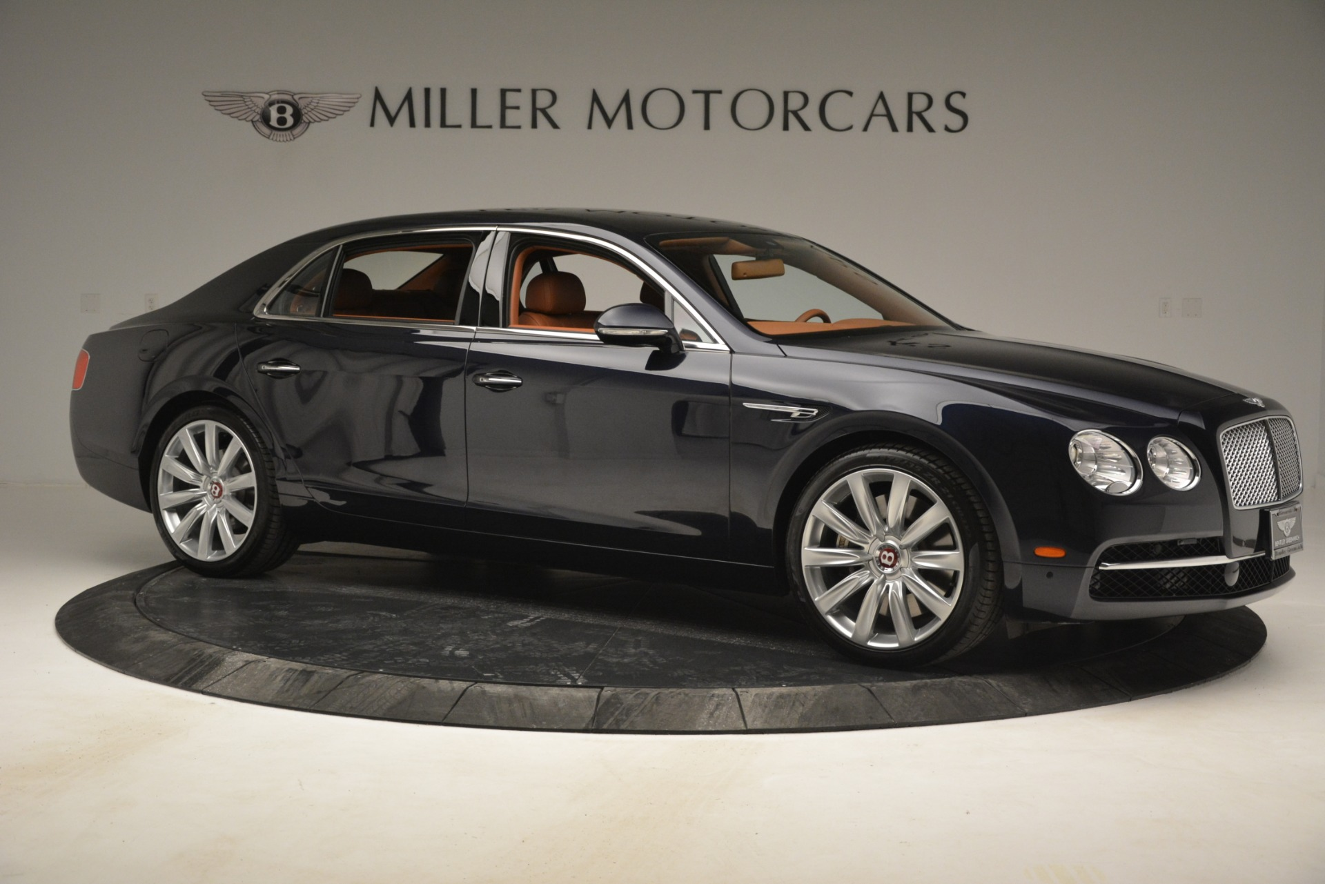 Used 2016 Bentley Flying Spur W12 For Sale In Greenwich, CT. Alfa Romeo of Greenwich, B1362A 2943_p10