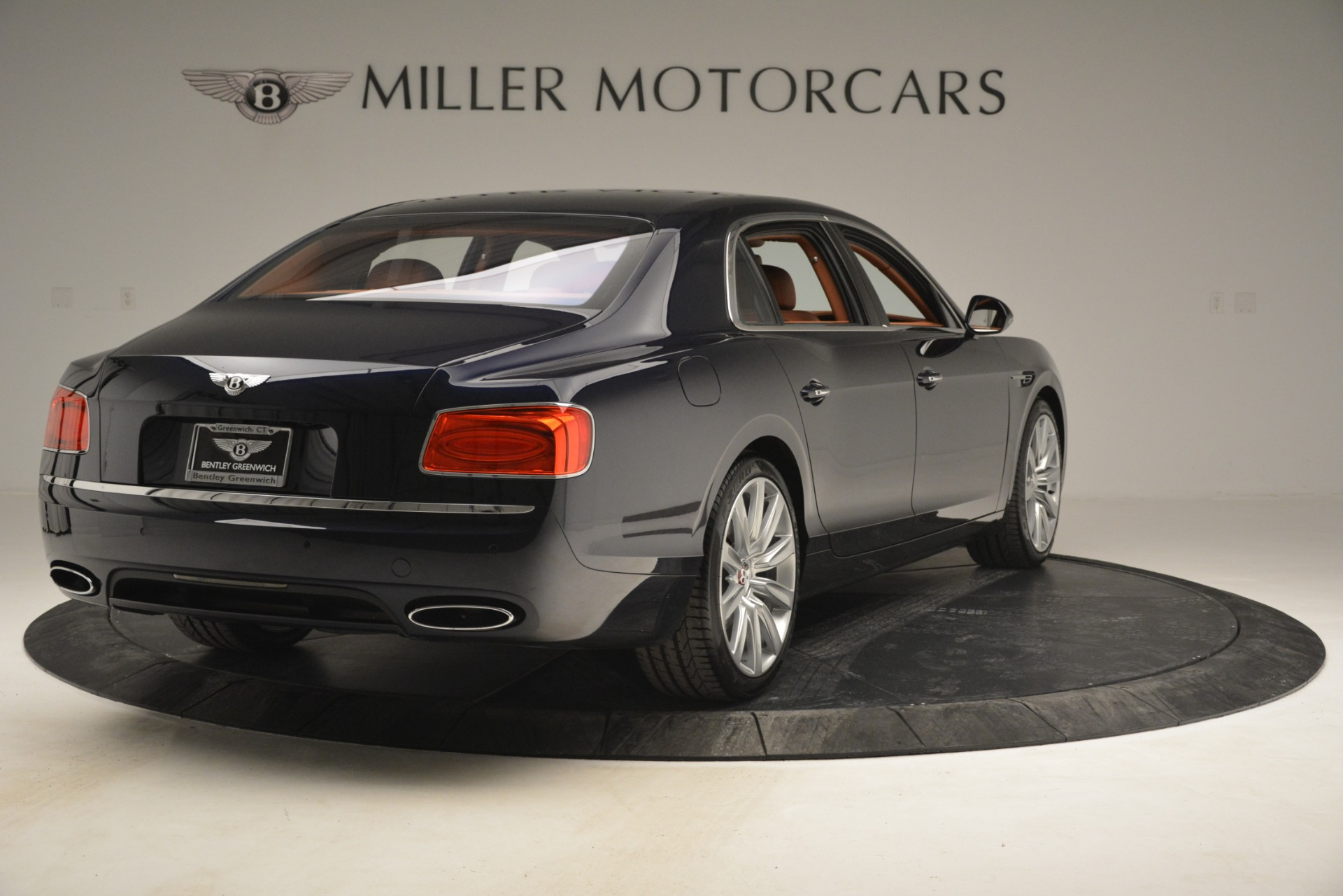 Used 2016 Bentley Flying Spur W12 For Sale In Greenwich, CT. Alfa Romeo of Greenwich, B1362A 2943_p7