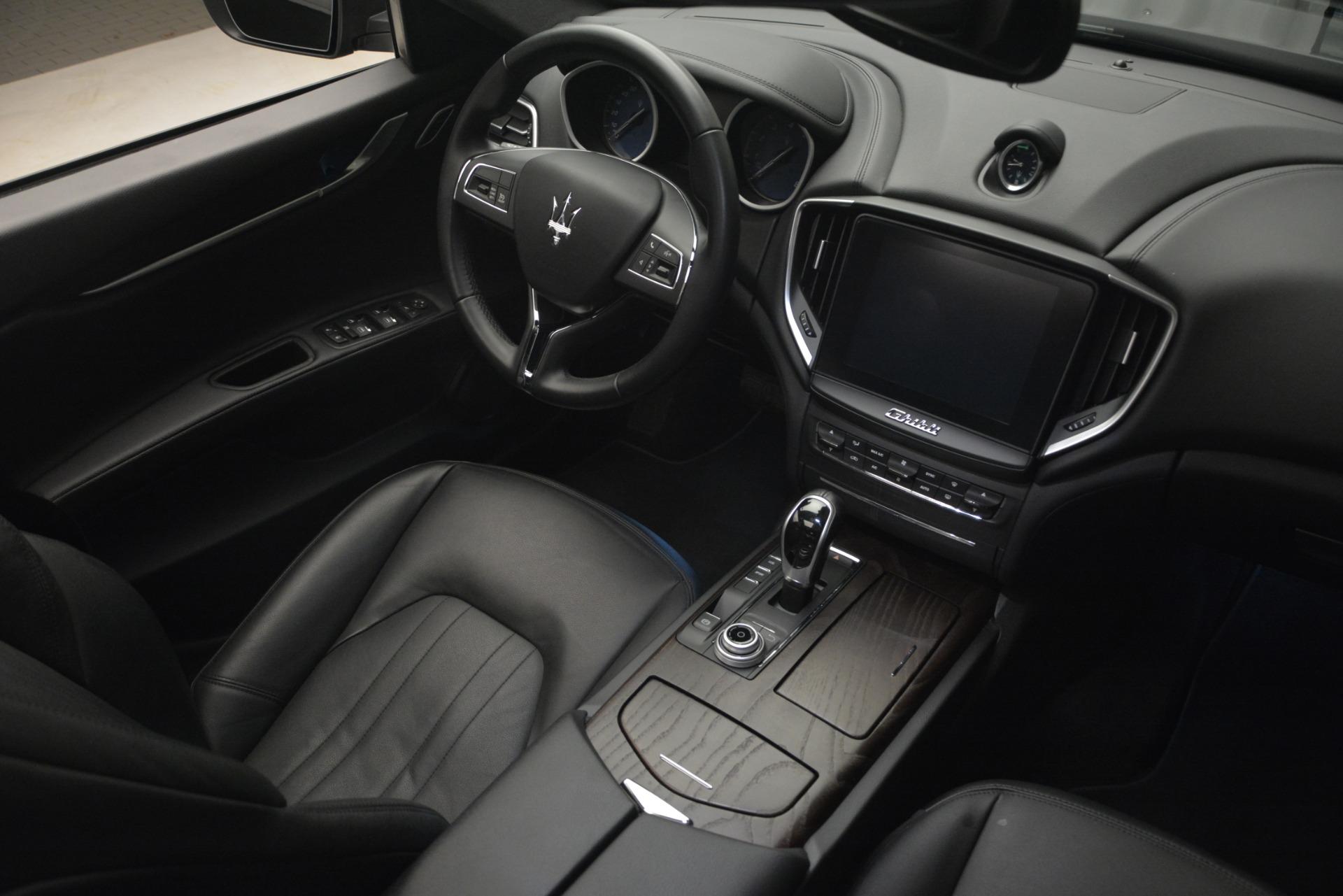 Used 2018 Maserati Ghibli S Q4 For Sale In Greenwich, CT. Alfa Romeo of Greenwich, 7481 2944_p19