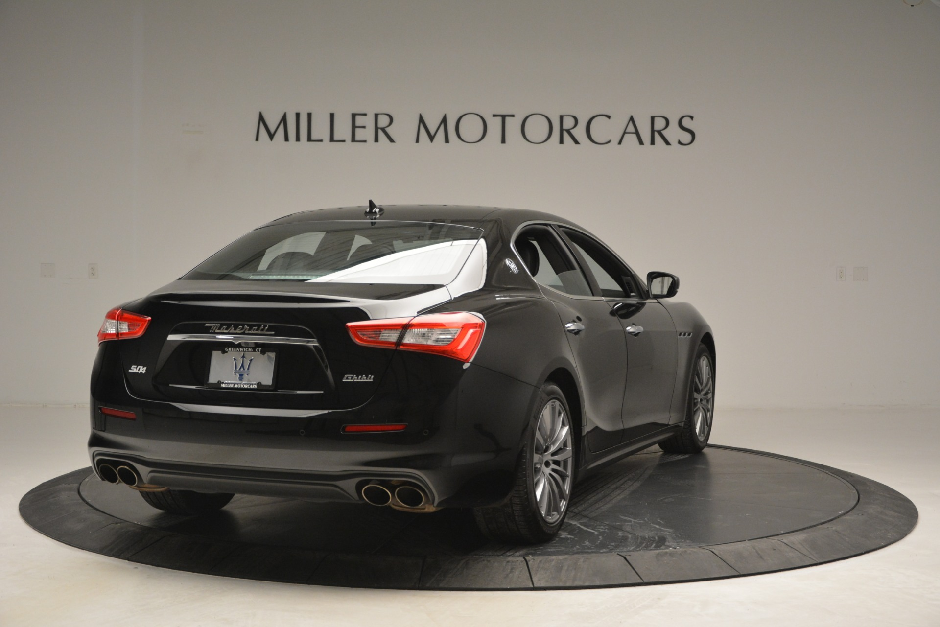 Used 2018 Maserati Ghibli S Q4 For Sale $58900 In Greenwich, CT 2944_p9
