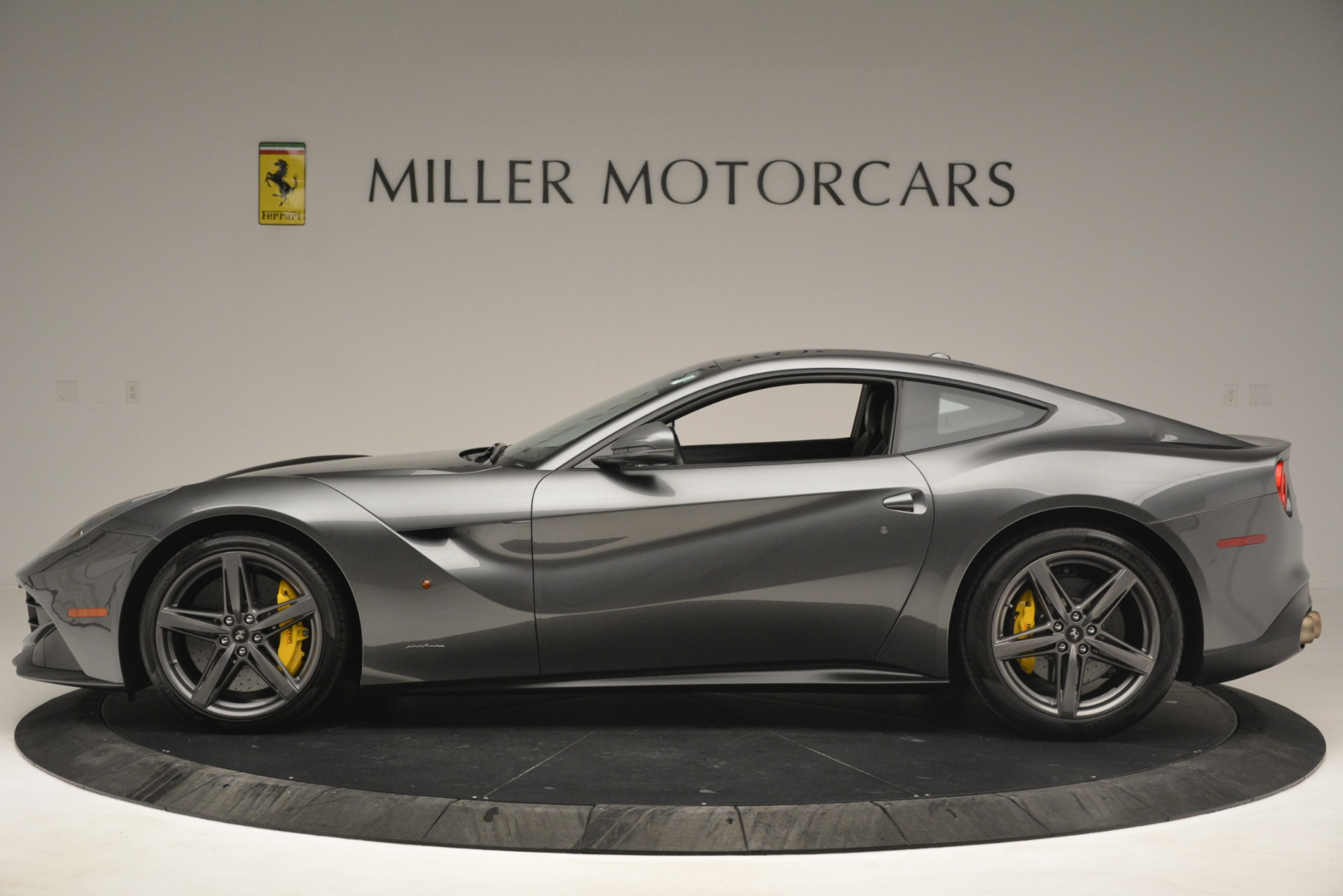 Used 2016 Ferrari F12 Berlinetta  For Sale In Greenwich, CT. Alfa Romeo of Greenwich, 4534 2946_p3