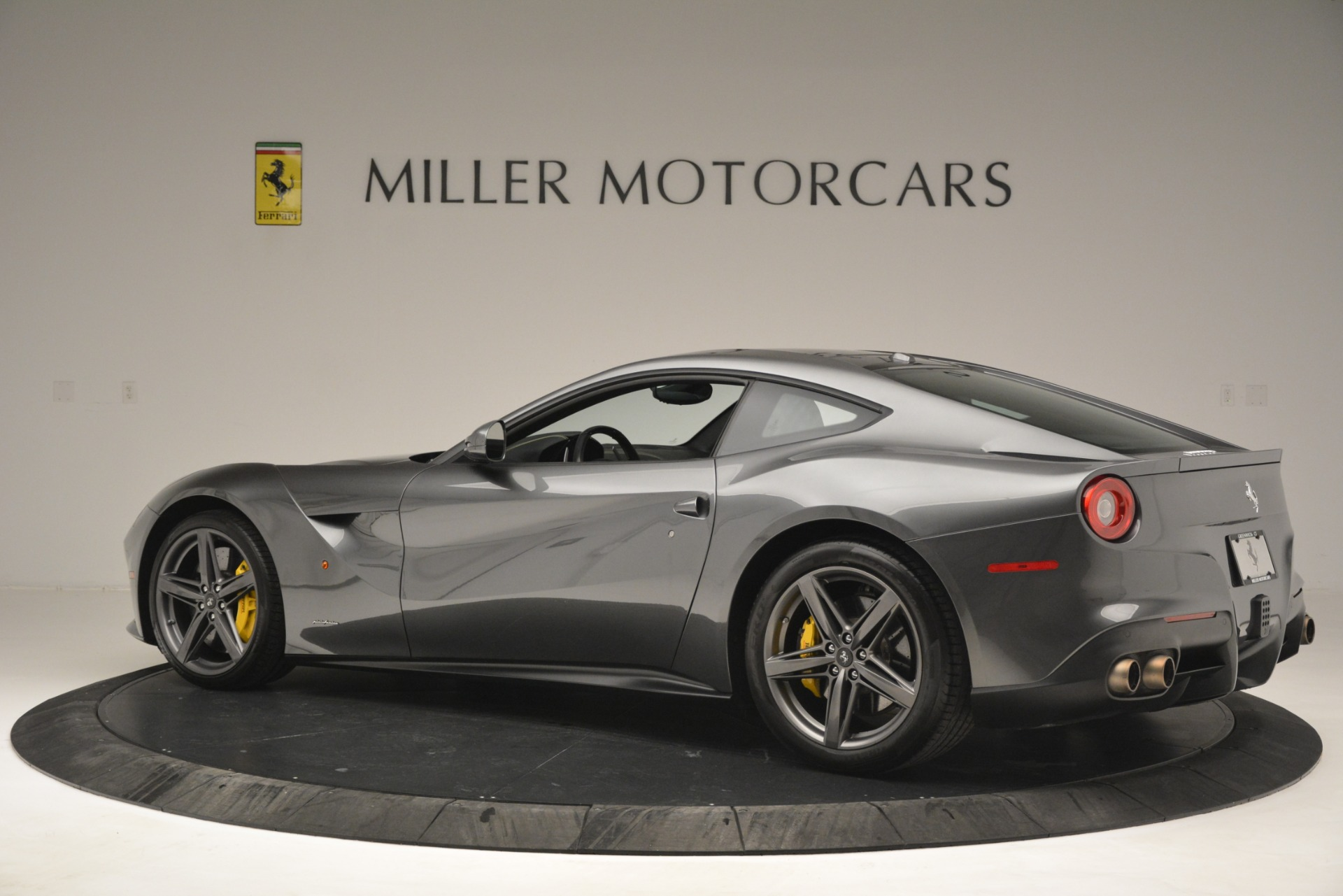 Used 2016 Ferrari F12 Berlinetta  For Sale In Greenwich, CT. Alfa Romeo of Greenwich, 4534 2946_p4