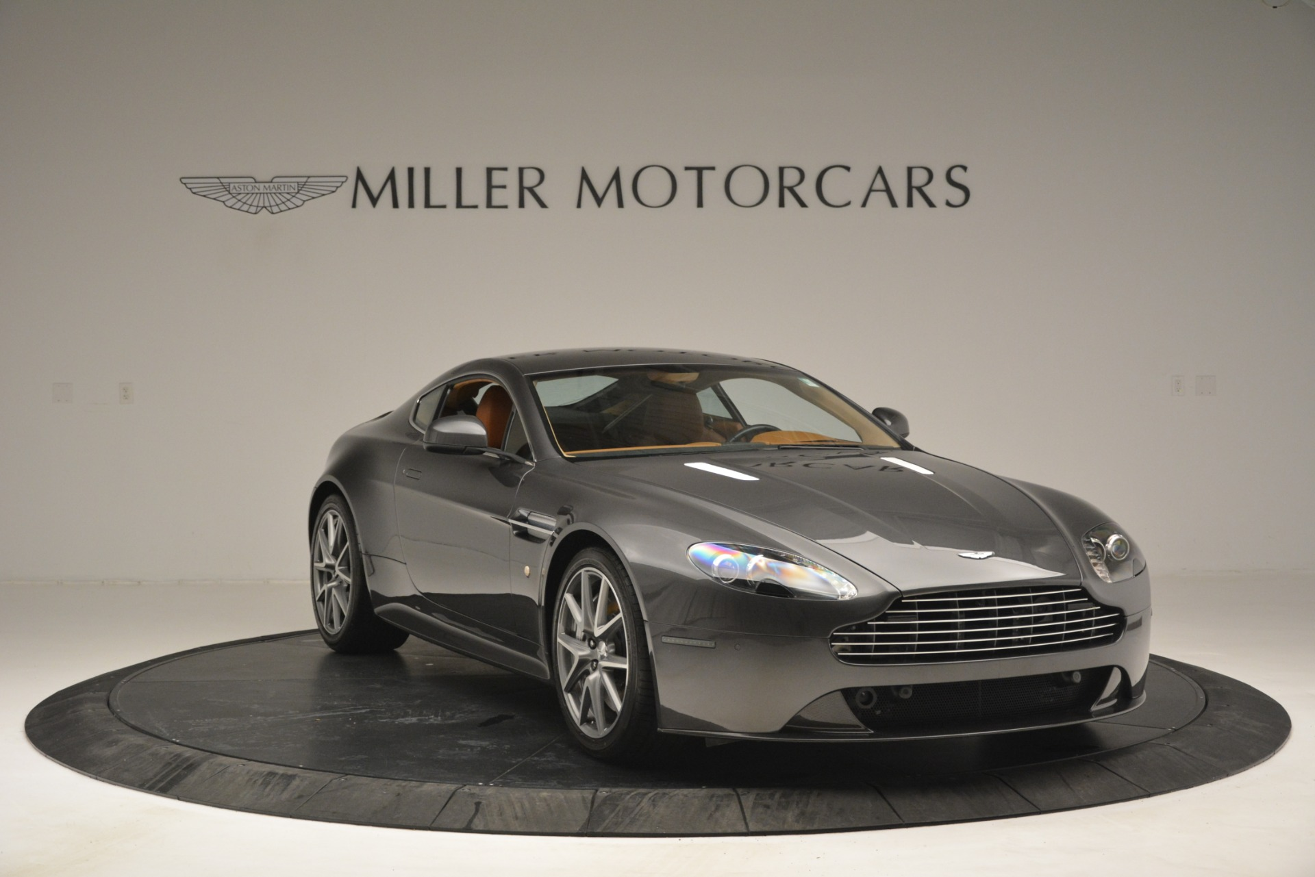 Used 2012 Aston Martin V8 Vantage S Coupe For Sale In Greenwich, CT. Alfa Romeo of Greenwich, 7486 2951_p11