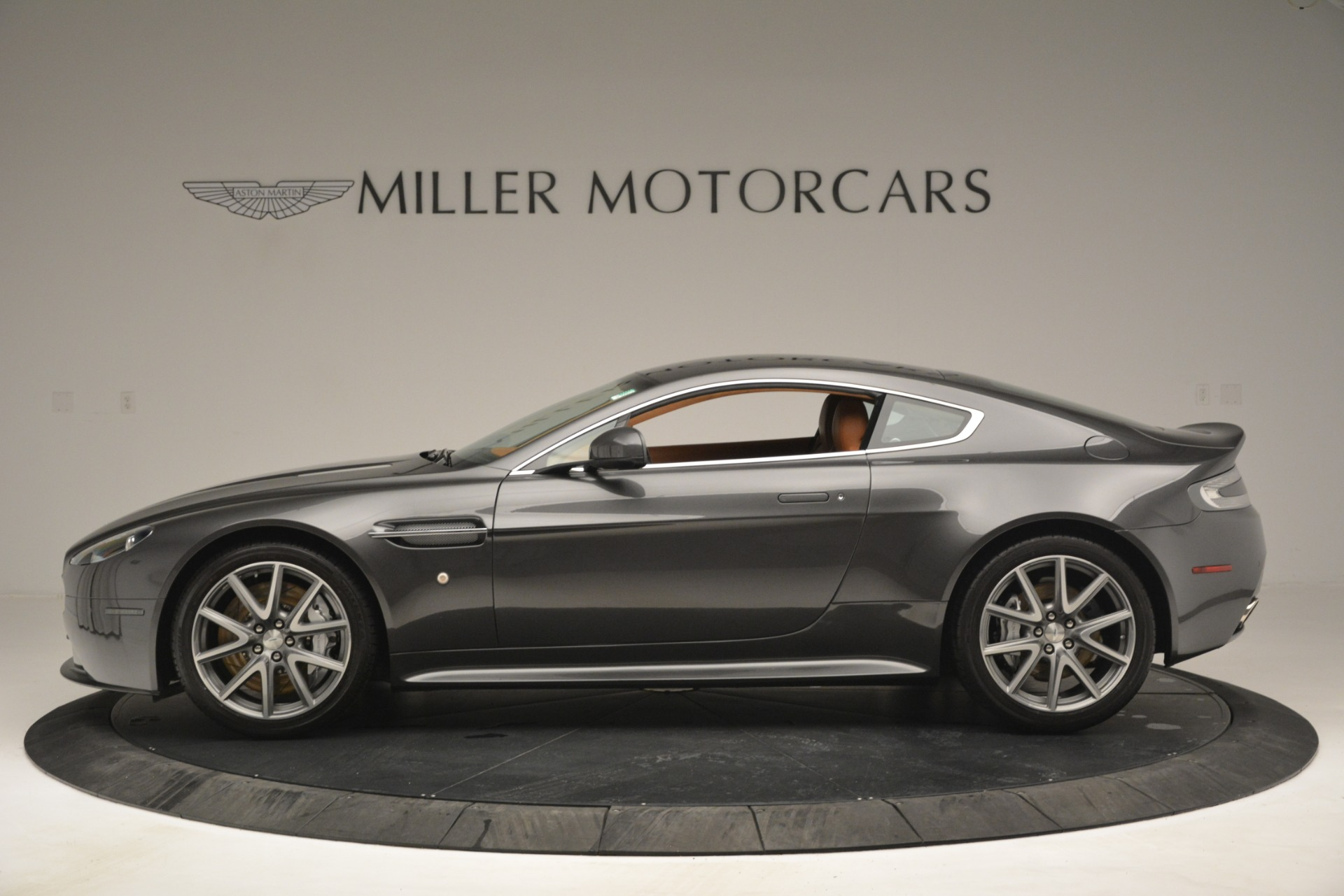 Used 2012 Aston Martin V8 Vantage S Coupe For Sale In Greenwich, CT. Alfa Romeo of Greenwich, 7486 2951_p3