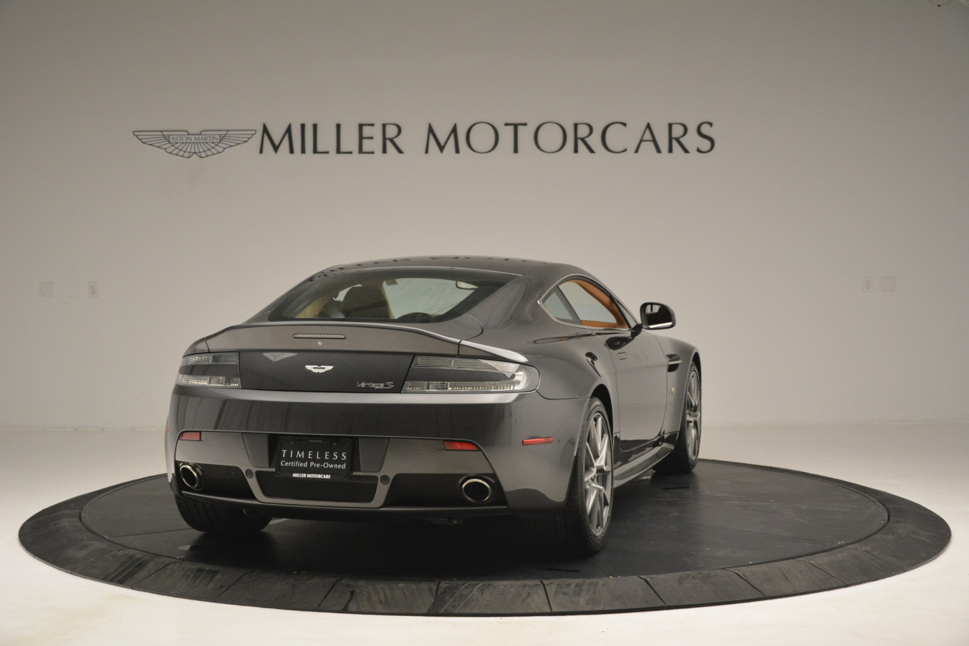 Used 2012 Aston Martin V8 Vantage S Coupe For Sale In Greenwich, CT. Alfa Romeo of Greenwich, 7486 2951_p7