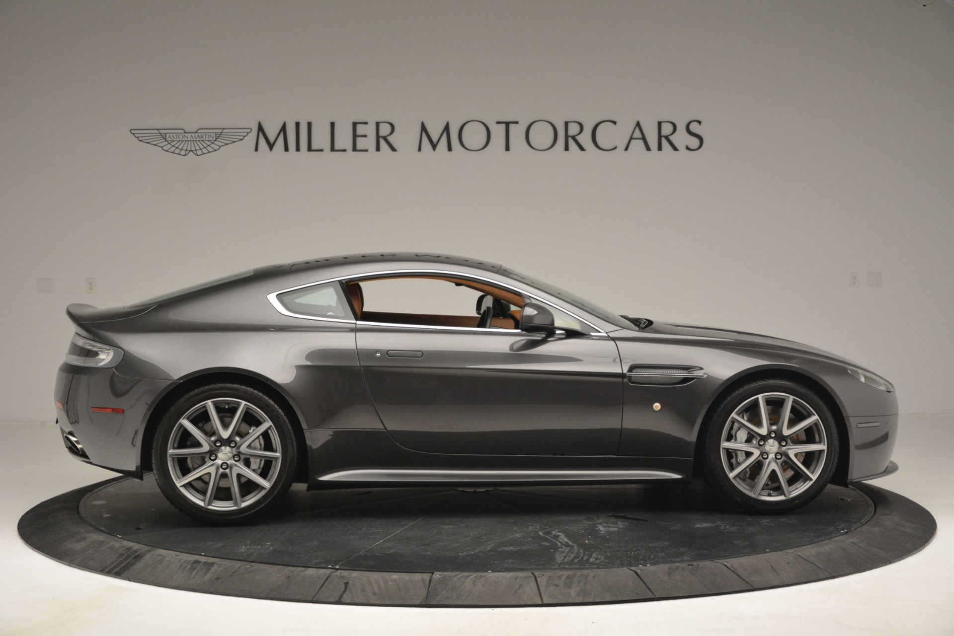 Used 2012 Aston Martin V8 Vantage S Coupe For Sale In Greenwich, CT. Alfa Romeo of Greenwich, 7486 2951_p9