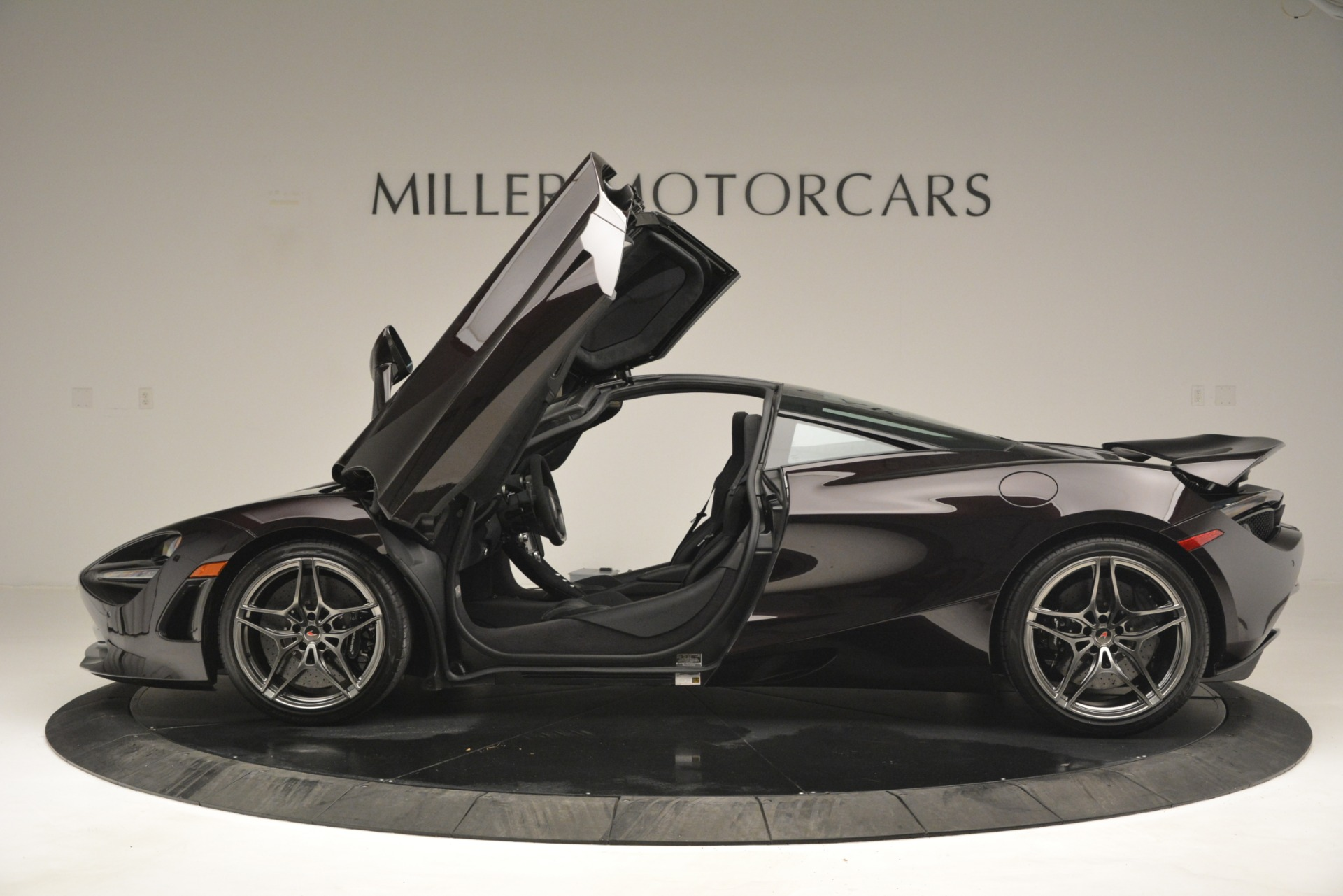 Used 2018 McLaren 720S Coupe For Sale In Greenwich, CT. Alfa Romeo of Greenwich, 3156 2952_p15
