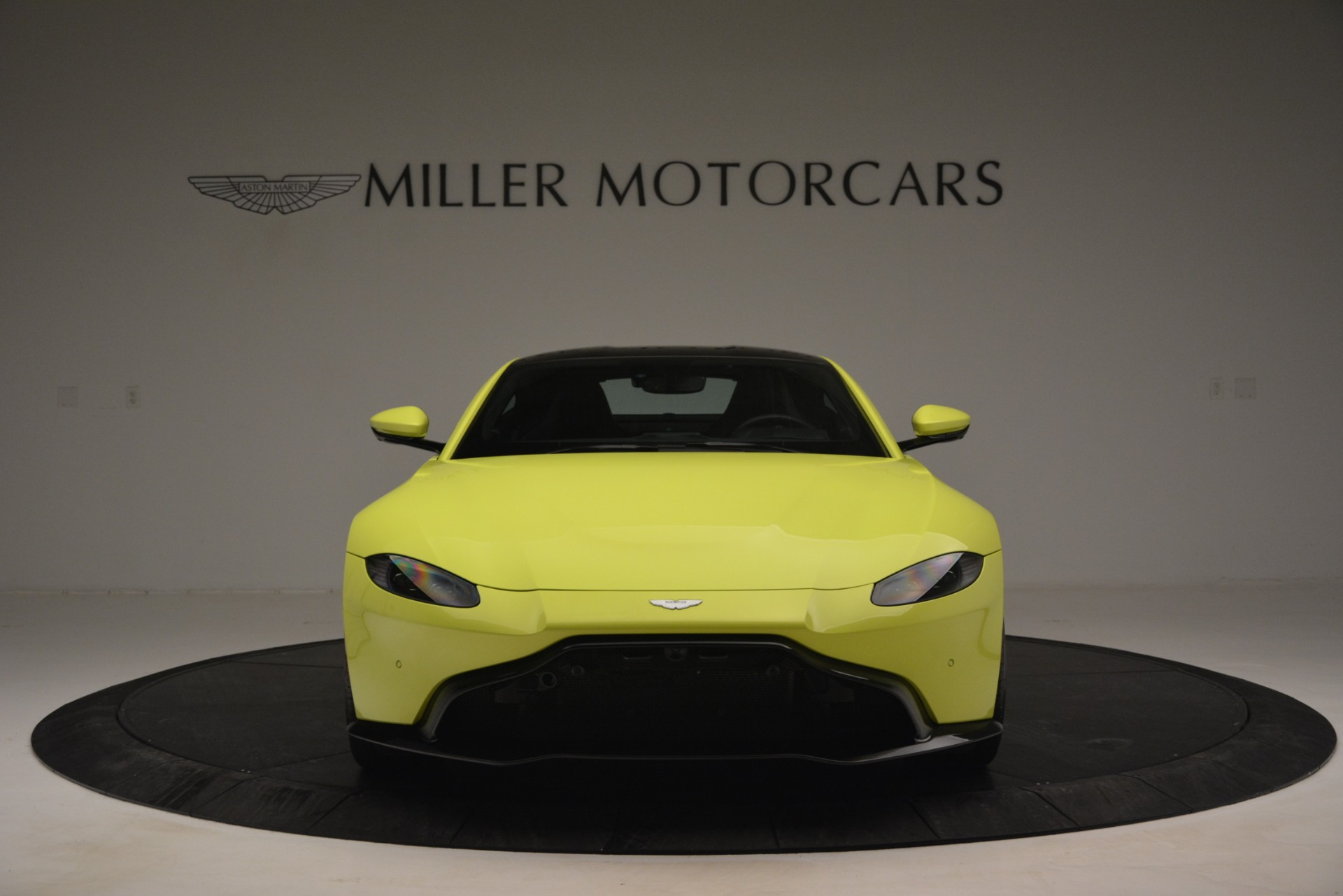 Used 2019 Aston Martin Vantage  For Sale In Greenwich, CT. Alfa Romeo of Greenwich, 7467 2958_p12