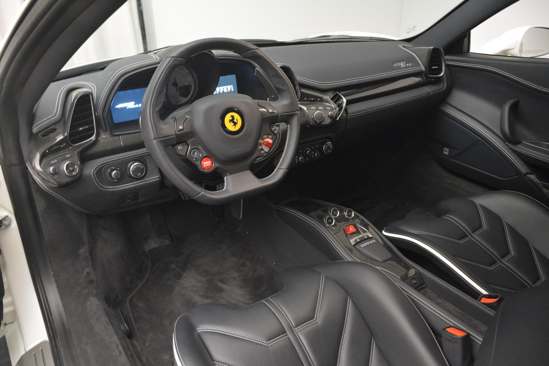 Used 2014 Ferrari 458 Italia  For Sale In Greenwich, CT. Alfa Romeo of Greenwich, 4538 2959_p13