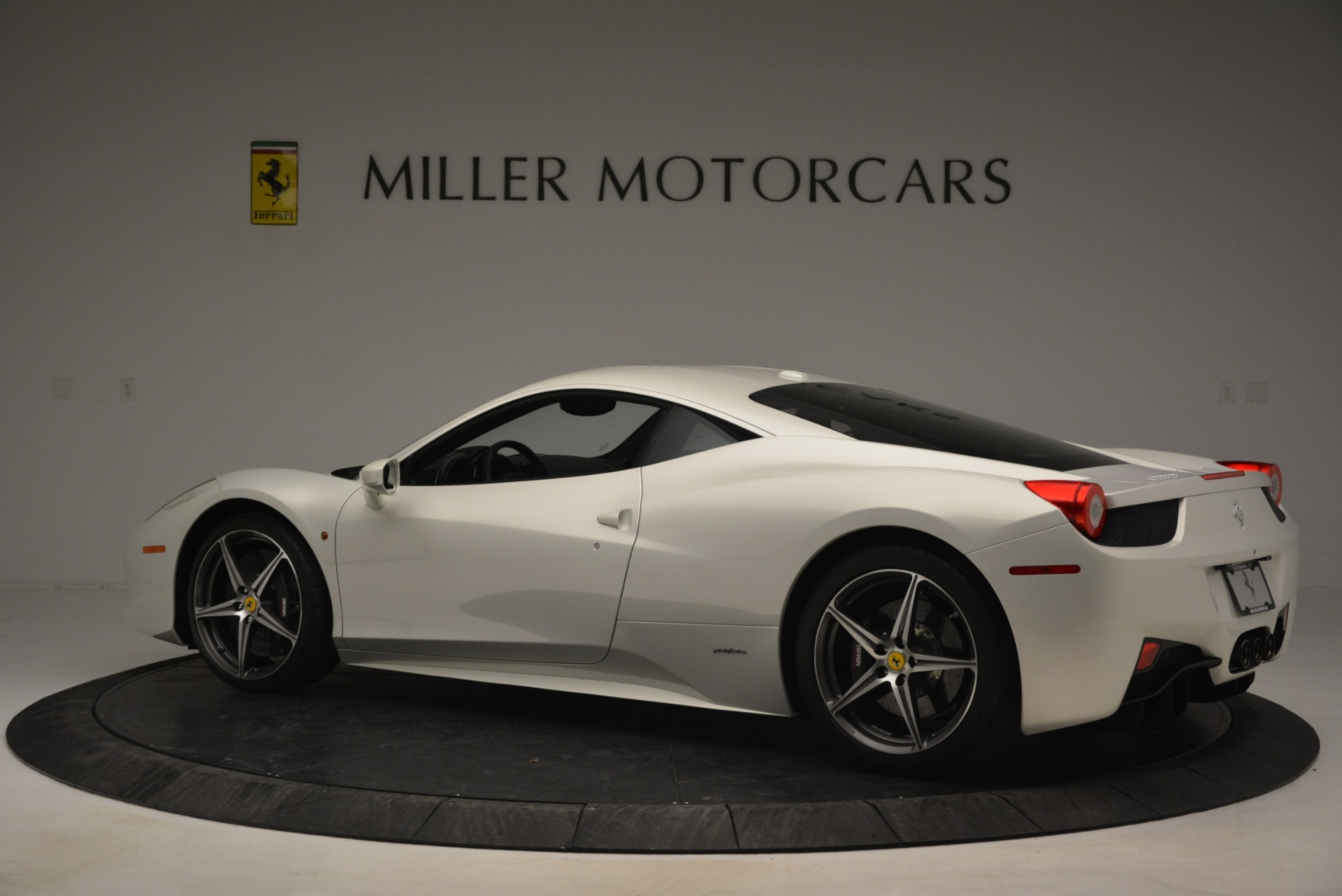 Used 2014 Ferrari 458 Italia  For Sale In Greenwich, CT. Alfa Romeo of Greenwich, 4538 2959_p4