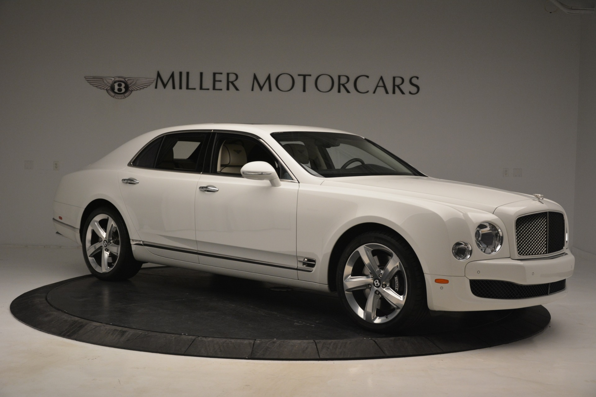 Used 2016 Bentley Mulsanne Speed For Sale In Greenwich, CT. Alfa Romeo of Greenwich, 7491 2960_p10