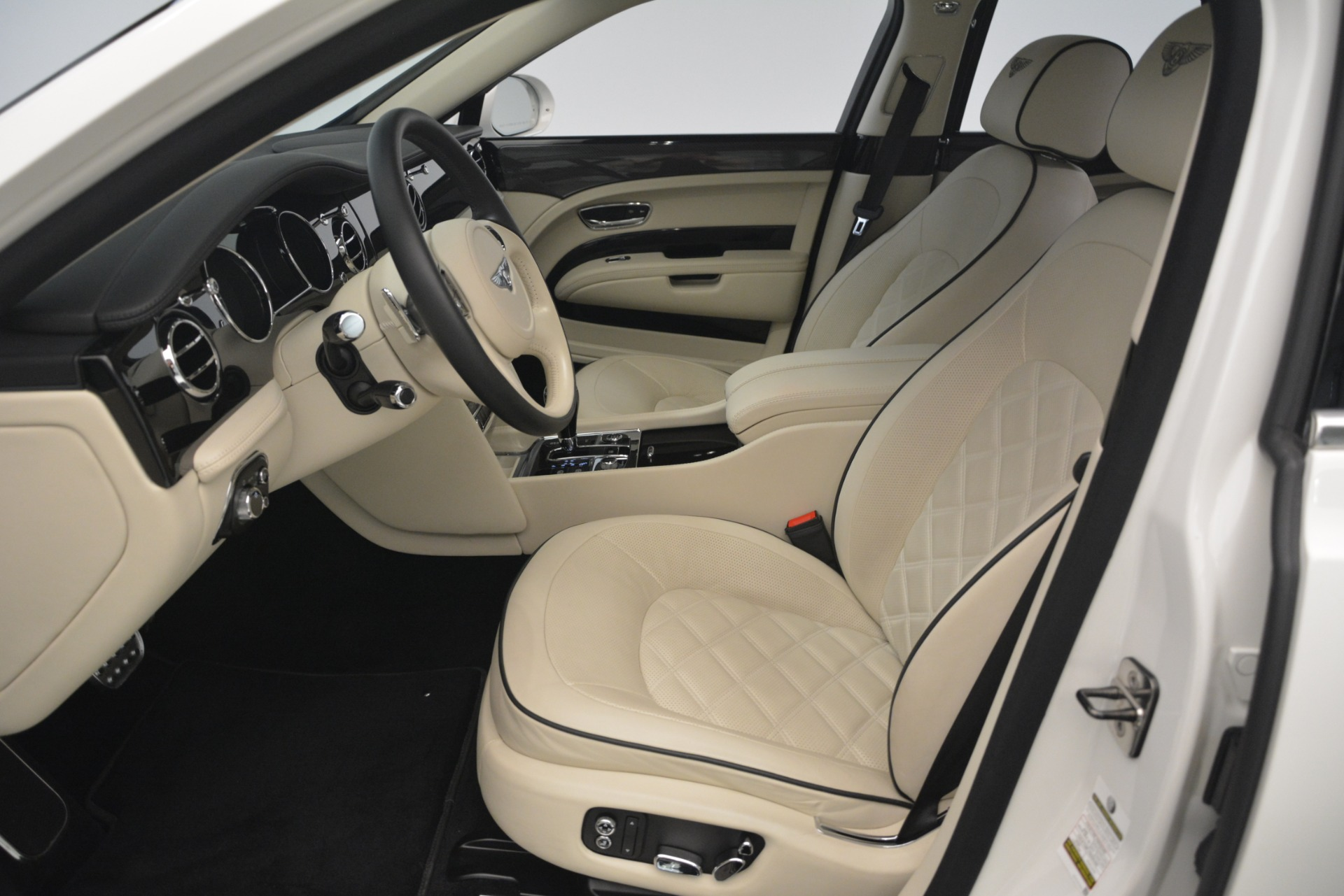 Used 2016 Bentley Mulsanne Speed For Sale In Greenwich, CT. Alfa Romeo of Greenwich, 7491 2960_p18