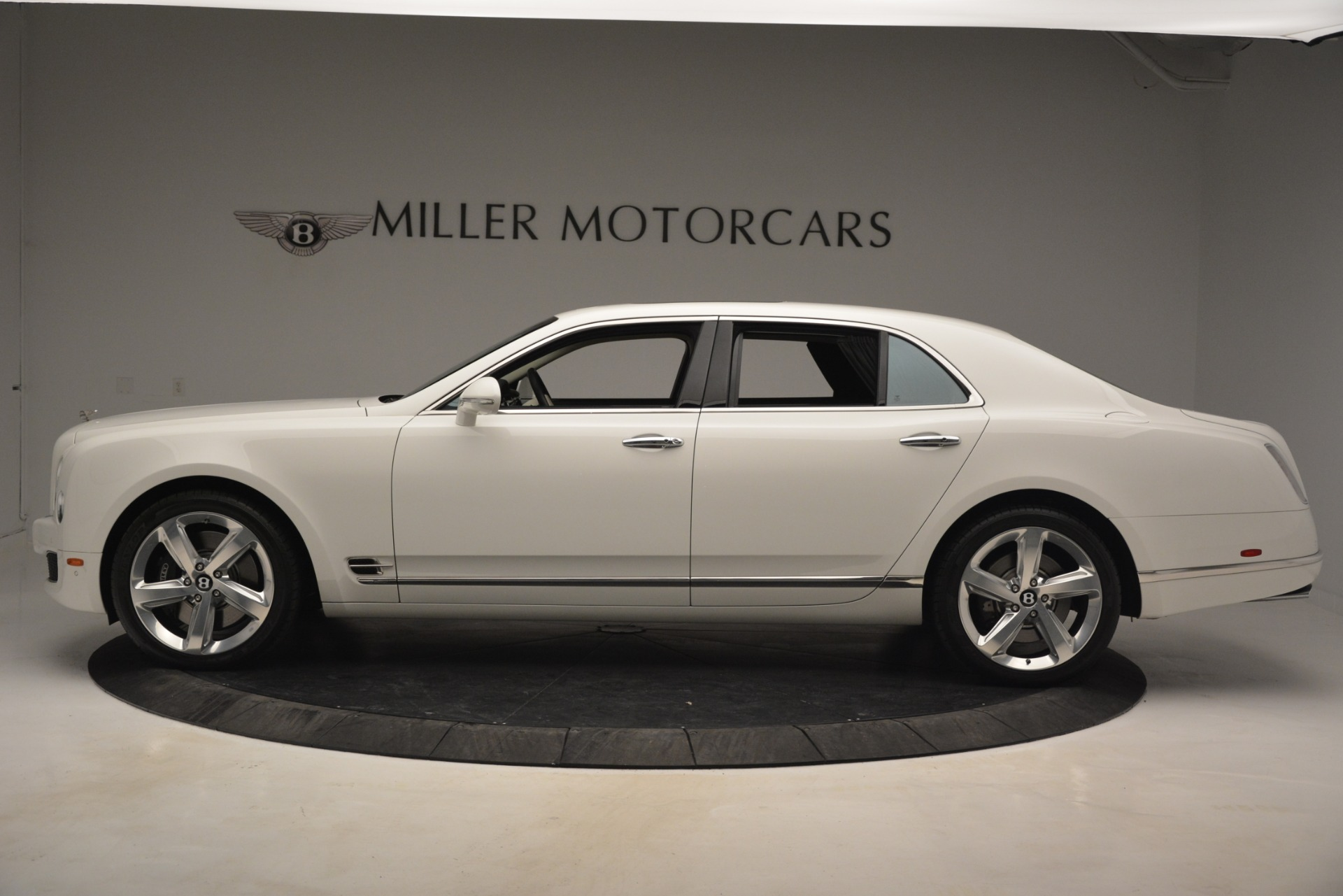 Used 2016 Bentley Mulsanne Speed For Sale In Greenwich, CT. Alfa Romeo of Greenwich, 7491 2960_p3