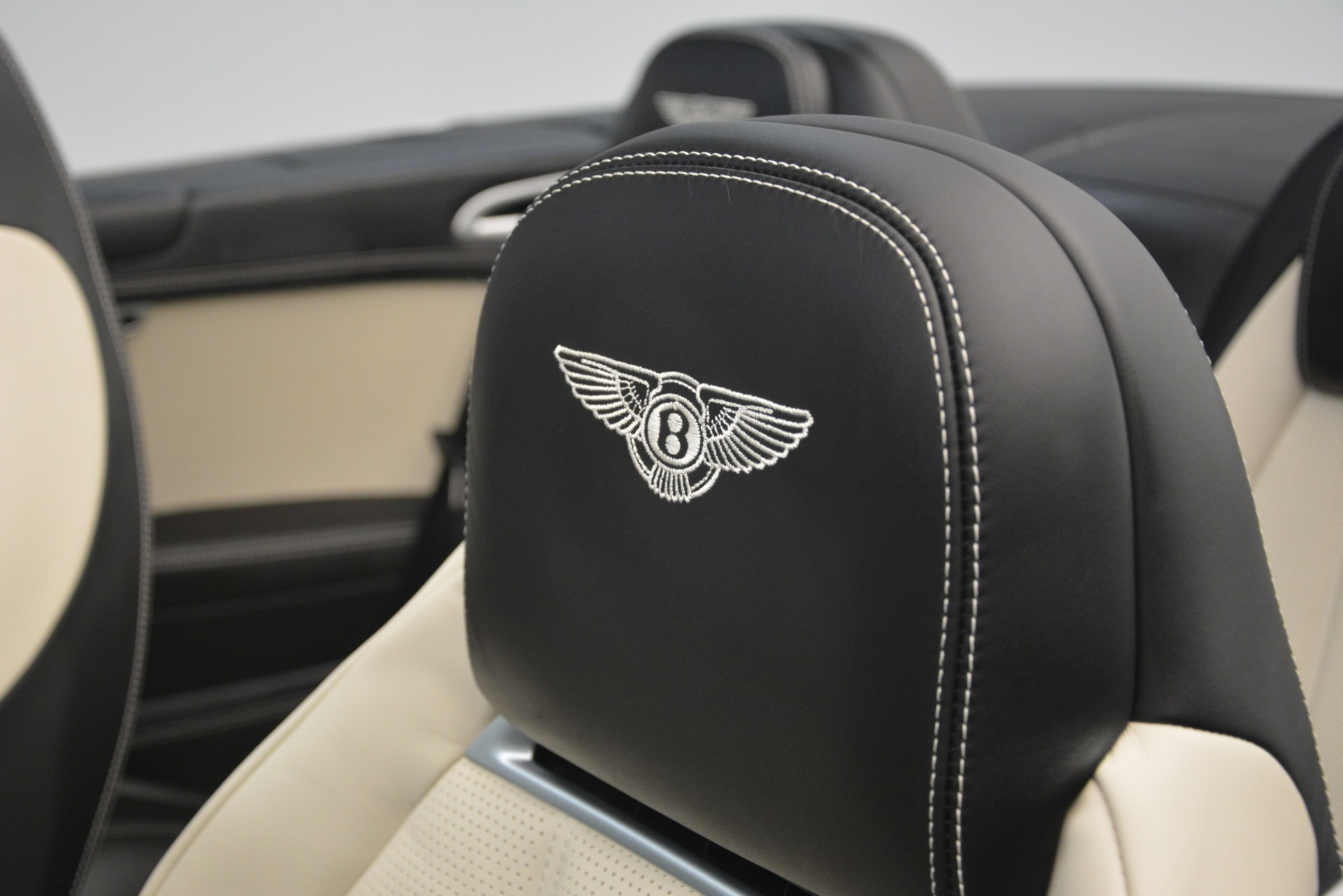 Used 2014 Bentley Continental GT V8 For Sale $135900 In Greenwich, CT 2961_p28