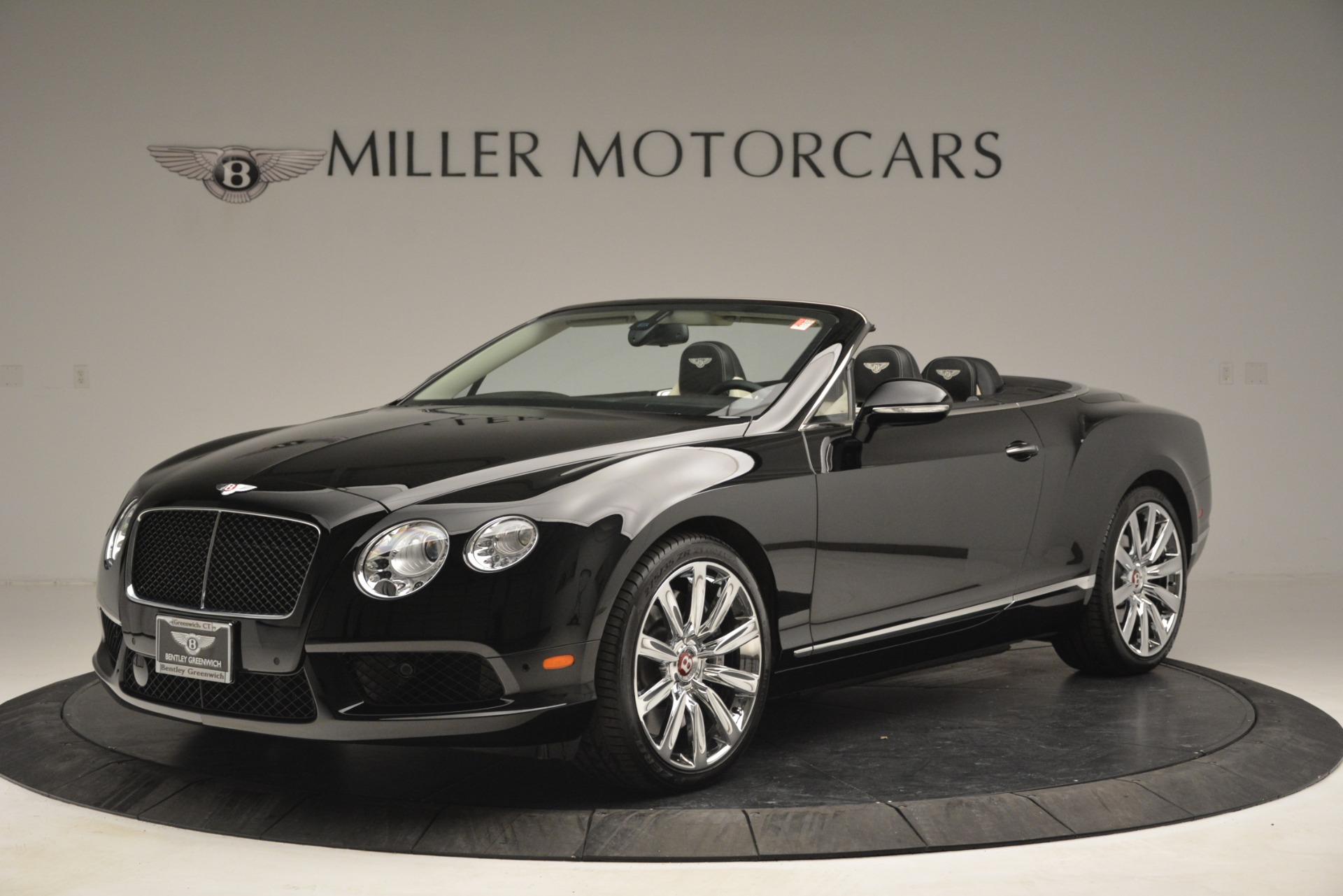 Used 2014 Bentley Continental GT V8 For Sale In Greenwich, CT. Alfa Romeo of Greenwich, B1325A 2961_p2