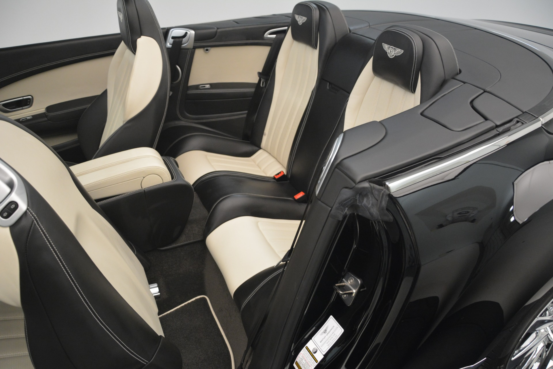 Used 2014 Bentley Continental GT V8 For Sale $135900 In Greenwich, CT 2961_p31