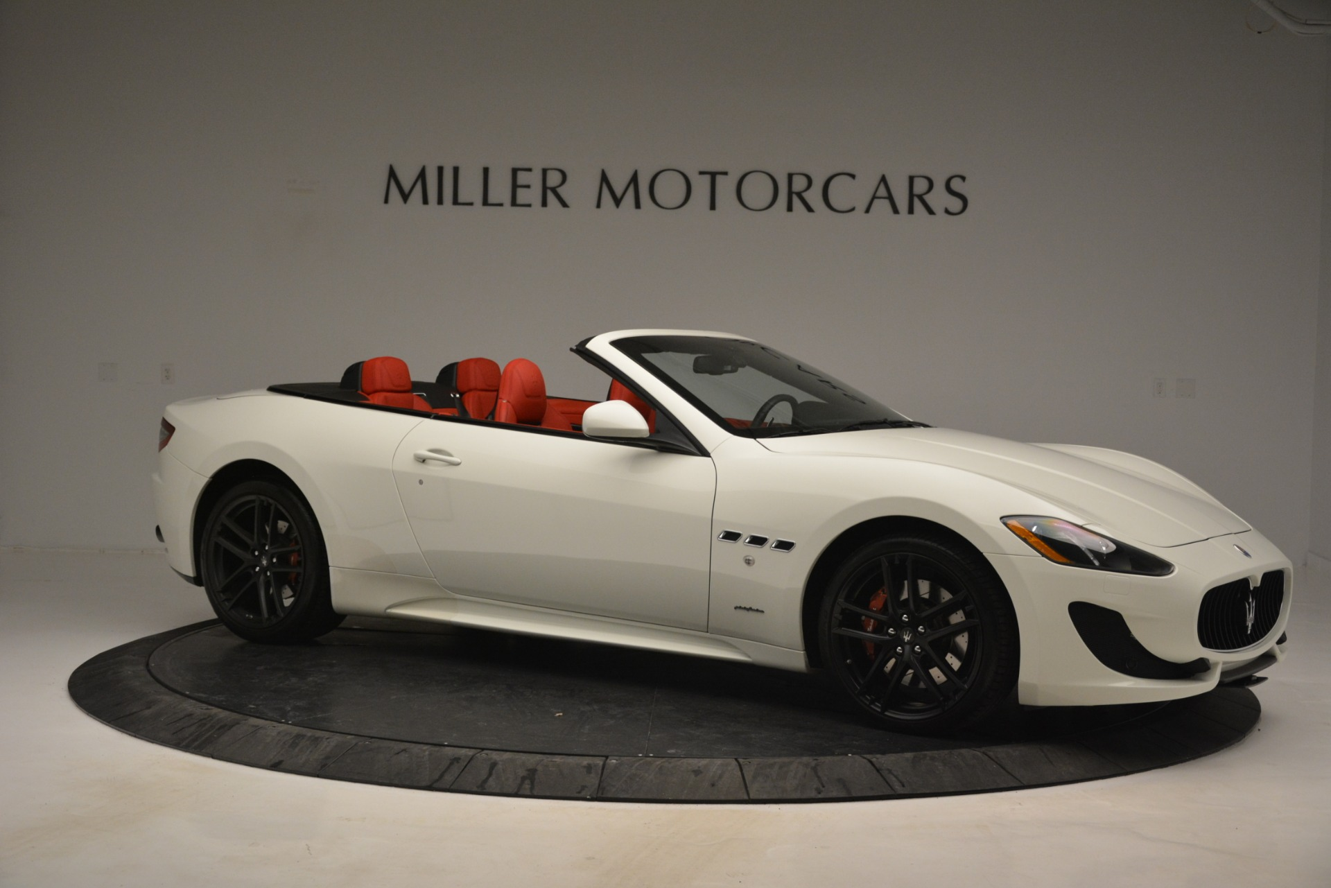 Used 2017 Maserati GranTurismo Sport For Sale In Greenwich, CT. Alfa Romeo of Greenwich, 7488 2962_p10