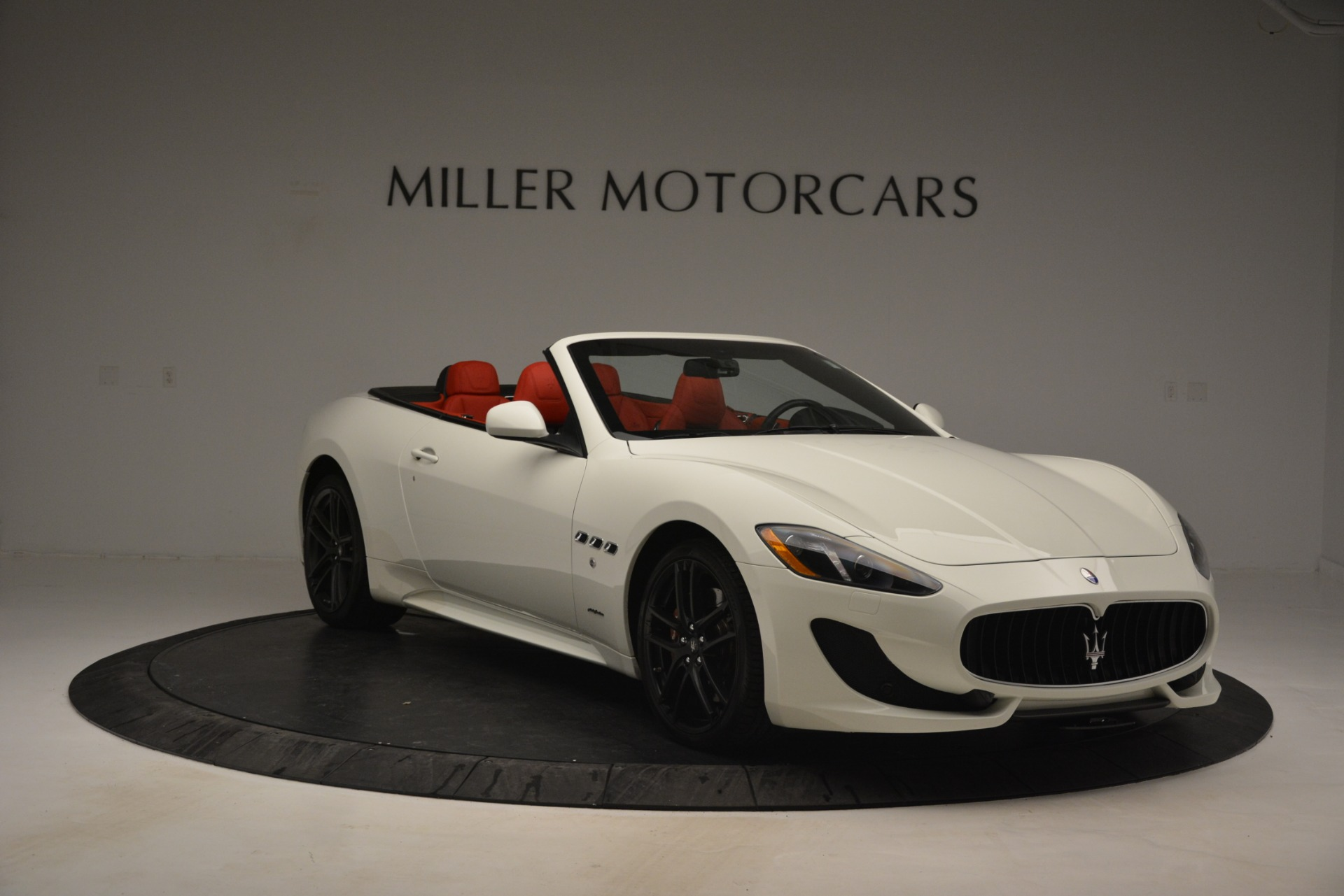 Used 2017 Maserati GranTurismo Sport For Sale In Greenwich, CT. Alfa Romeo of Greenwich, 7488 2962_p11