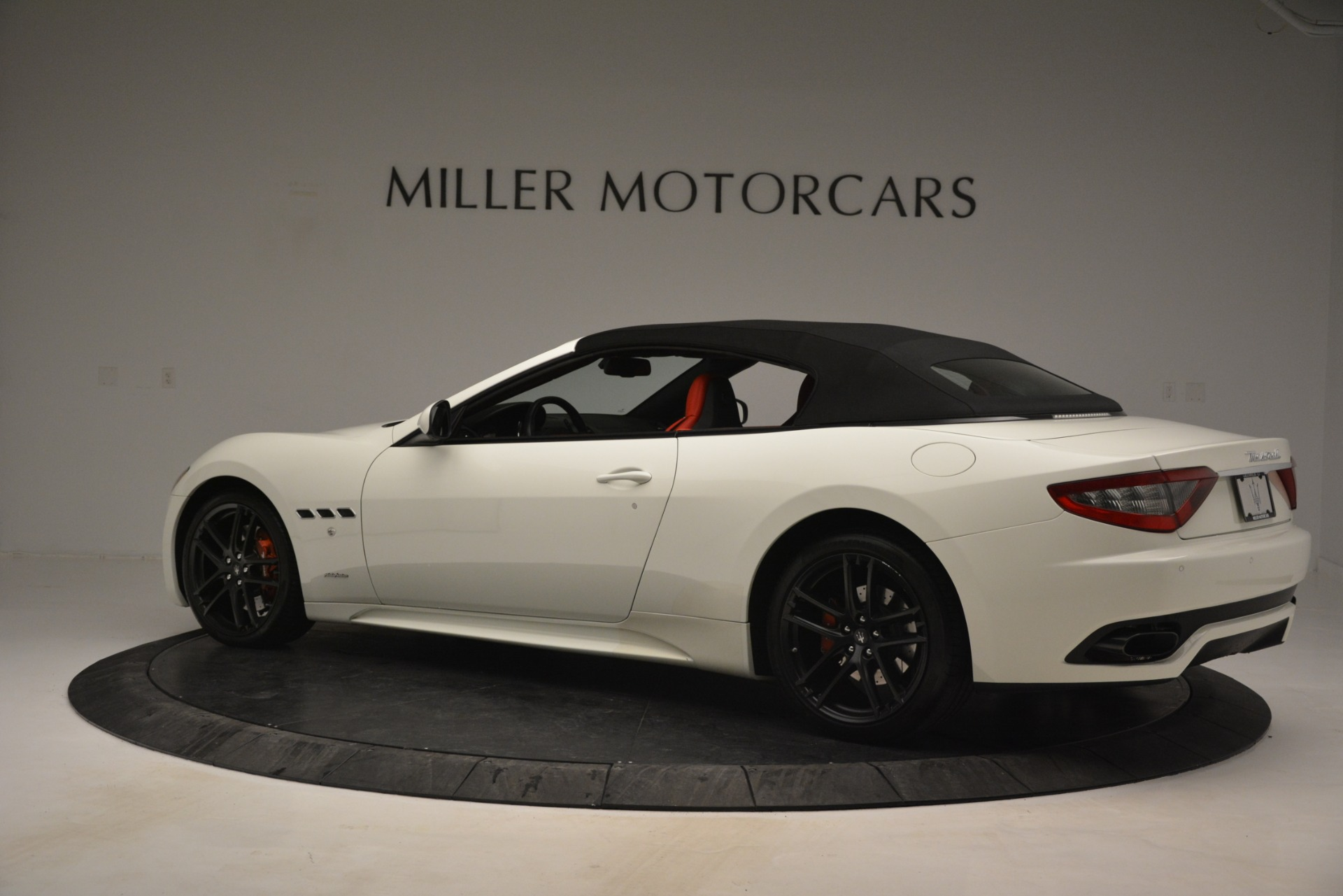 Used 2017 Maserati GranTurismo Sport For Sale In Greenwich, CT. Alfa Romeo of Greenwich, 7488 2962_p16