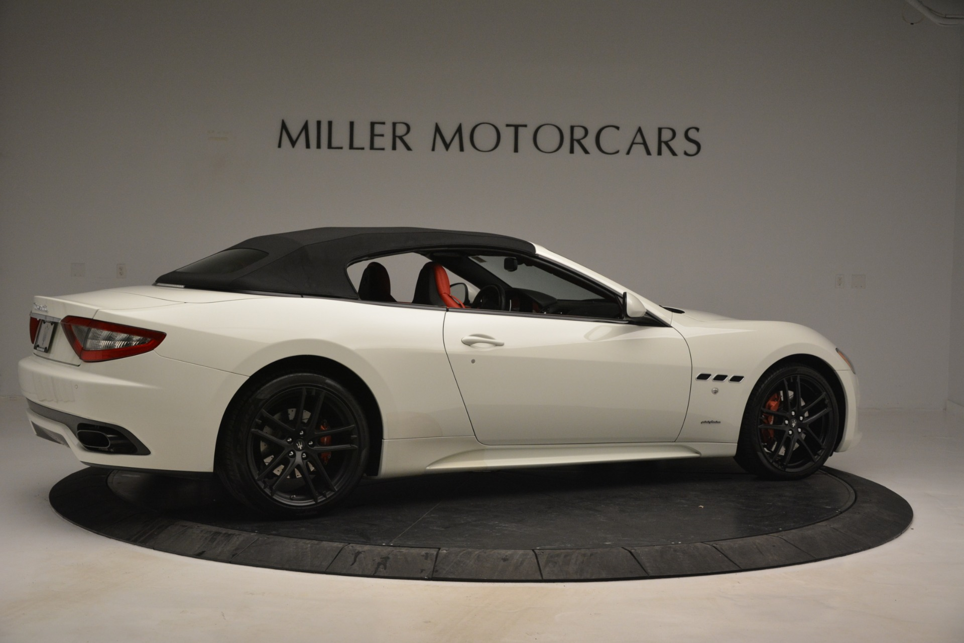 Used 2017 Maserati GranTurismo Sport For Sale In Greenwich, CT. Alfa Romeo of Greenwich, 7488 2962_p20
