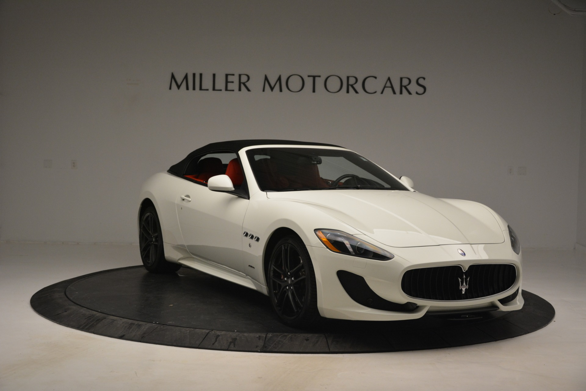 Used 2017 Maserati GranTurismo Sport For Sale In Greenwich, CT. Alfa Romeo of Greenwich, 7488 2962_p23
