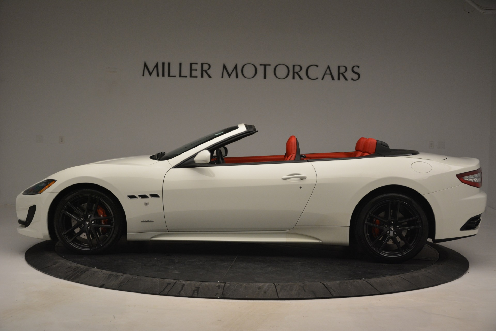 Used 2017 Maserati GranTurismo Sport For Sale In Greenwich, CT. Alfa Romeo of Greenwich, 7488 2962_p3