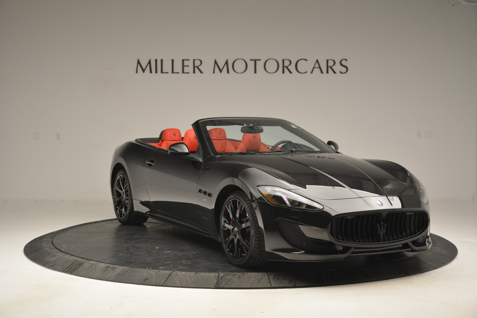 Used 2015 Maserati GranTurismo Sport For Sale In Greenwich, CT. Alfa Romeo of Greenwich, 7490 2963_p11