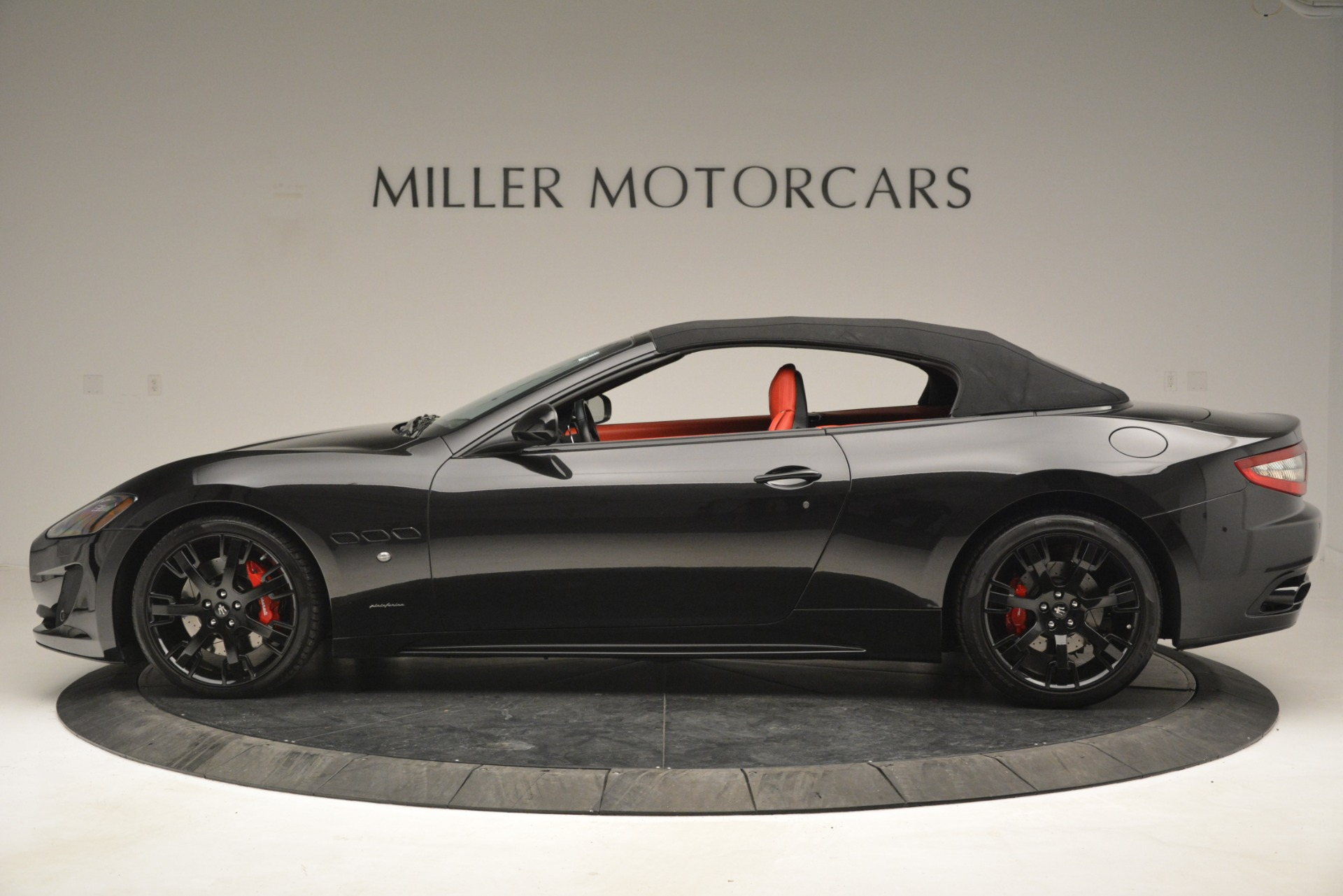 Used 2015 Maserati GranTurismo Sport For Sale In Greenwich, CT. Alfa Romeo of Greenwich, 7490 2963_p15