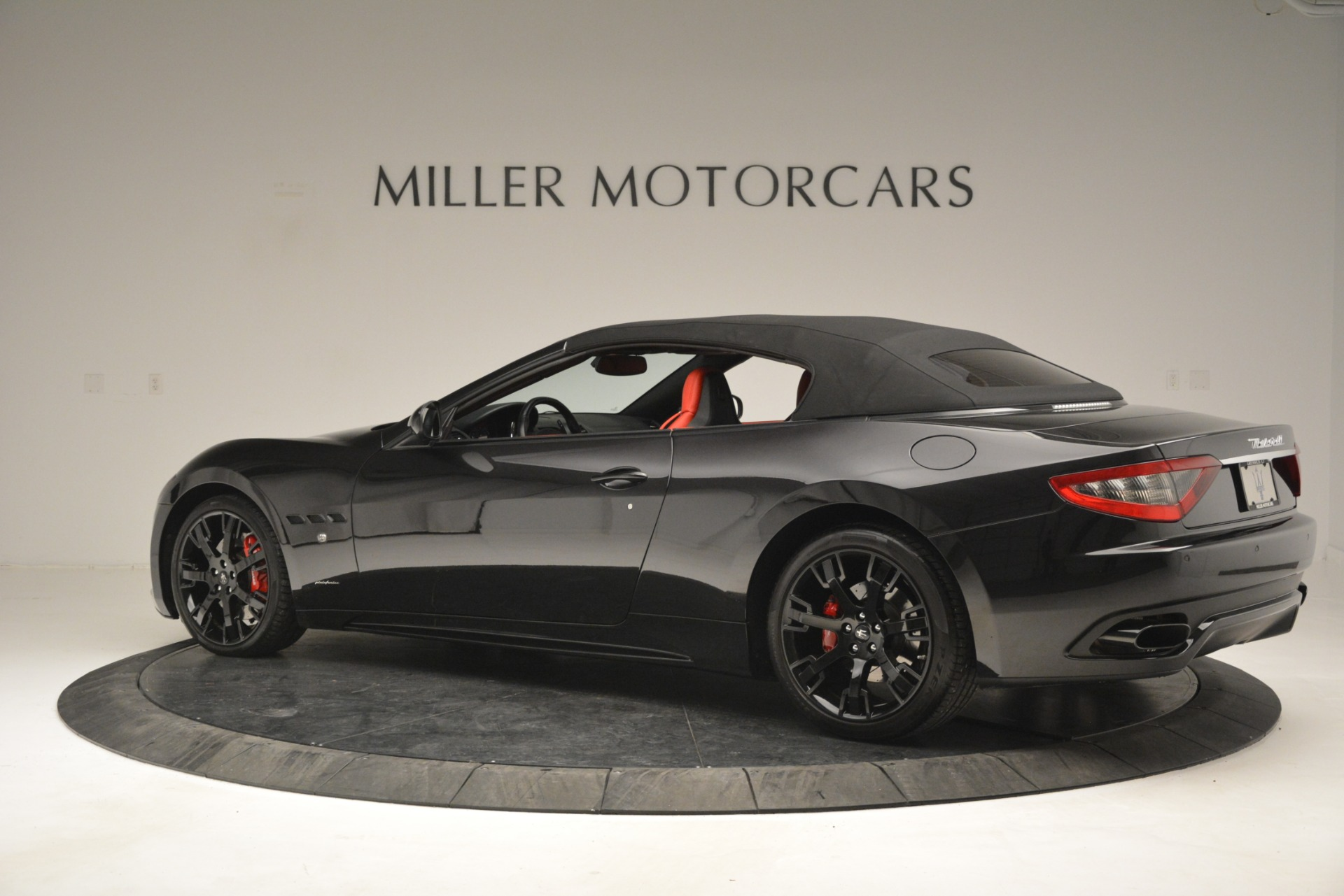 Used 2015 Maserati GranTurismo Sport For Sale In Greenwich, CT. Alfa Romeo of Greenwich, 7490 2963_p16