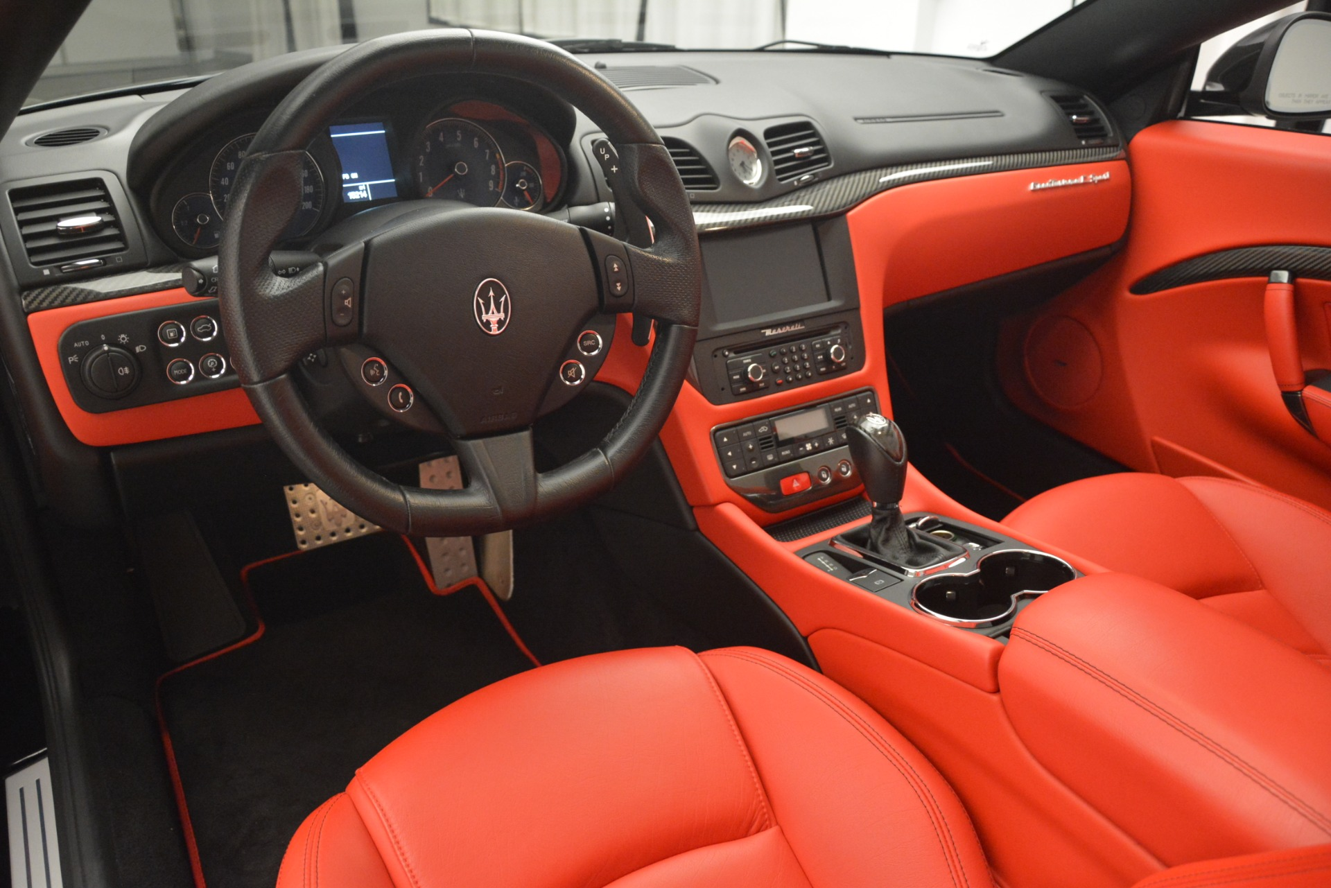 Used 2015 Maserati GranTurismo Sport For Sale In Greenwich, CT. Alfa Romeo of Greenwich, 7490 2963_p26