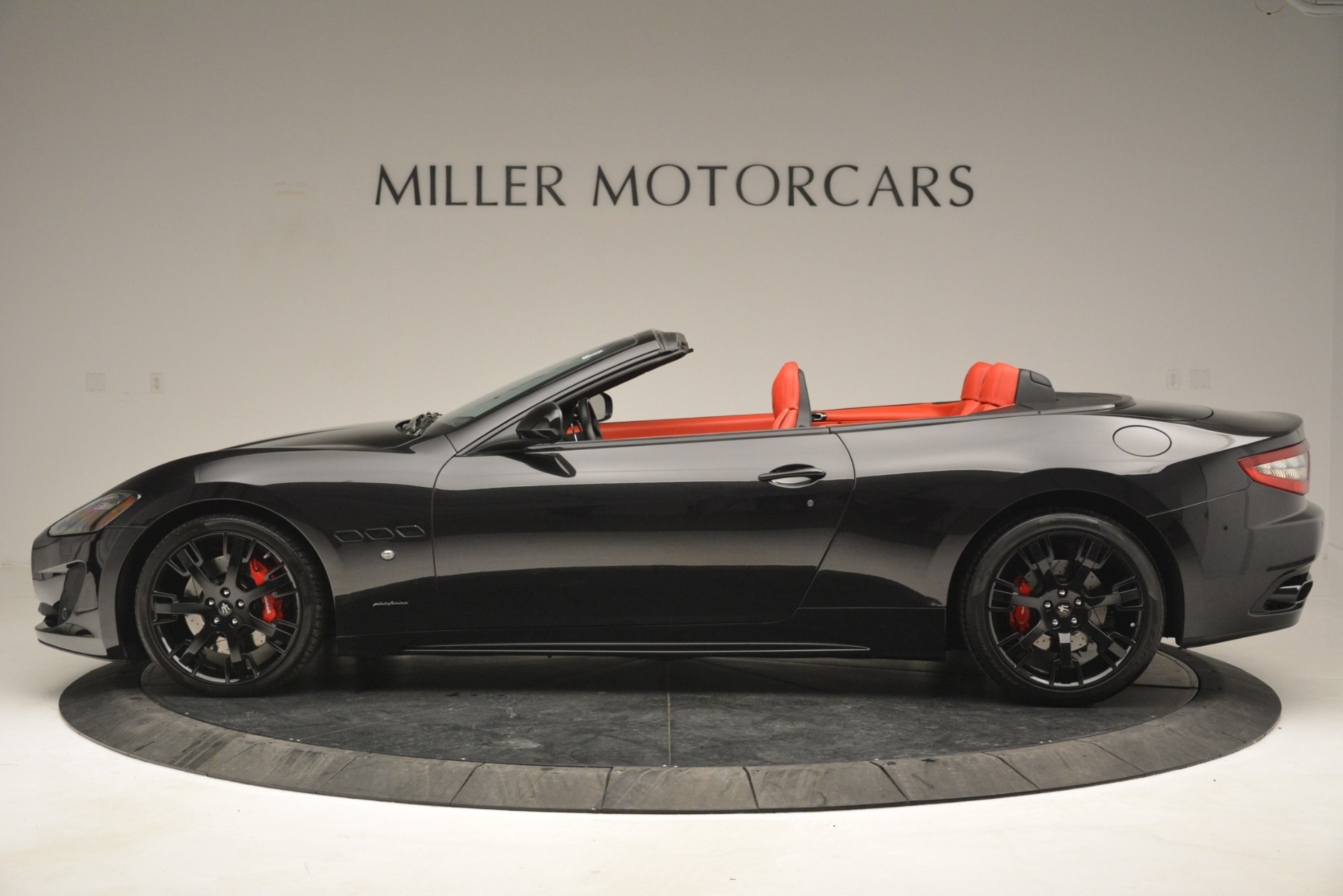 Used 2015 Maserati GranTurismo Sport For Sale In Greenwich, CT. Alfa Romeo of Greenwich, 7490 2963_p3